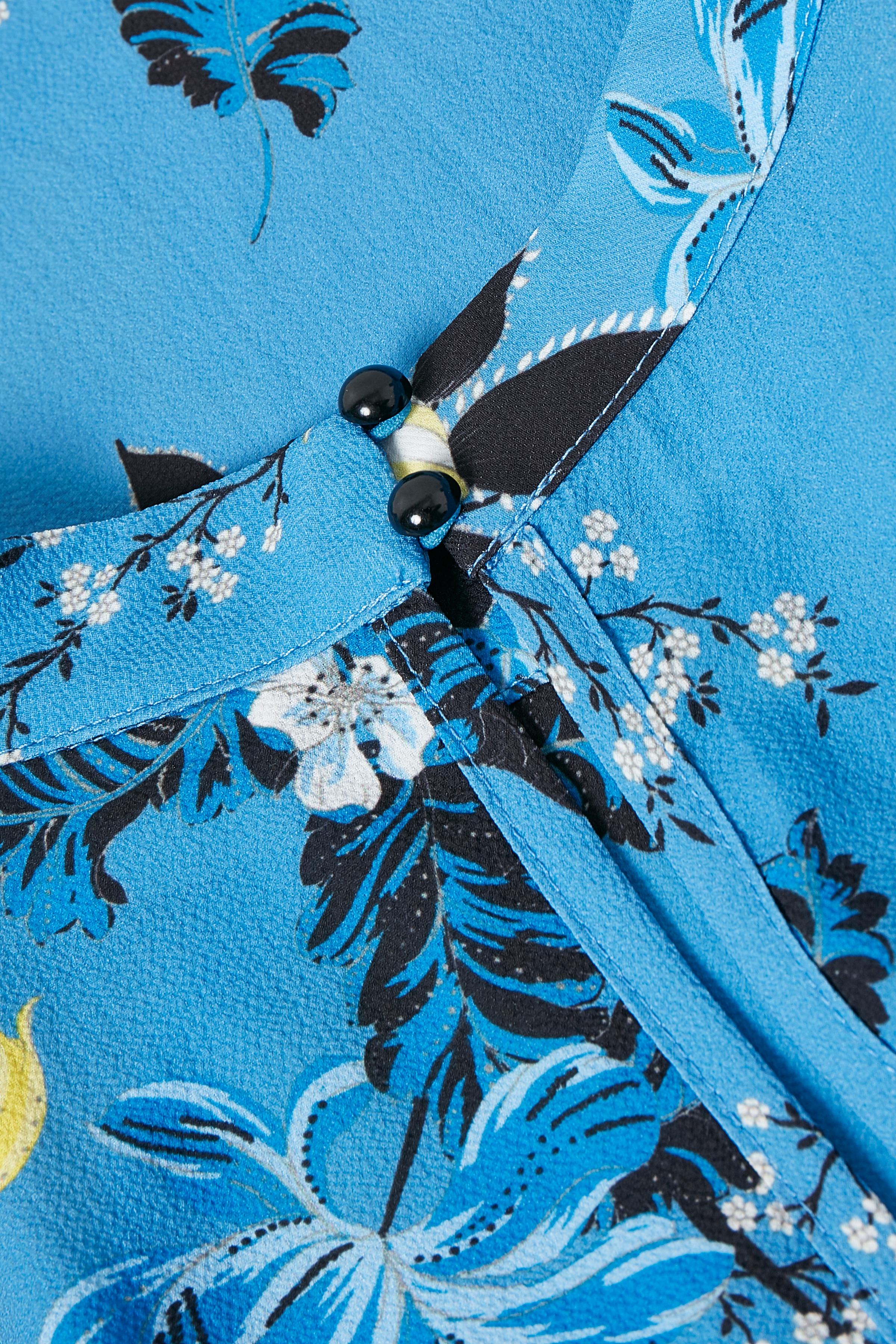 Blå/gul Kortærmet bluse  fra Kaffe – Køb Blå/gul Kortærmet bluse  fra str. 34-46 her