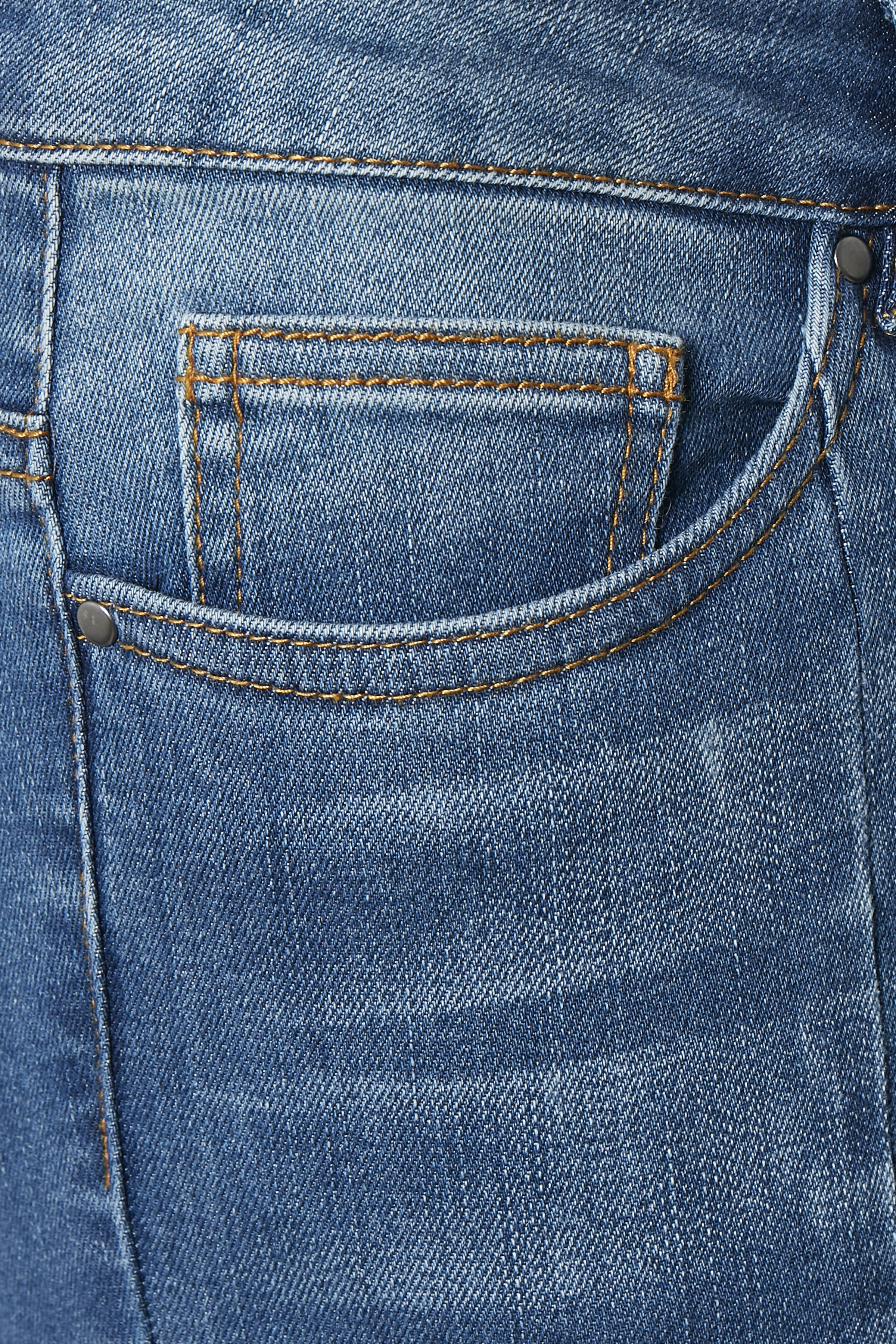 Denimblå Denimbyxa från Kaffe – Köp Denimblå Denimbyxa från stl. 34-46 här