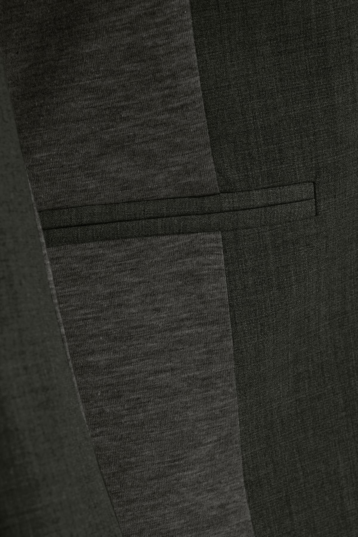 Donker grijsgemêleerd Blazer van Kaffe – Door Donker grijsgemêleerd Blazer van maat. 32-46 hier