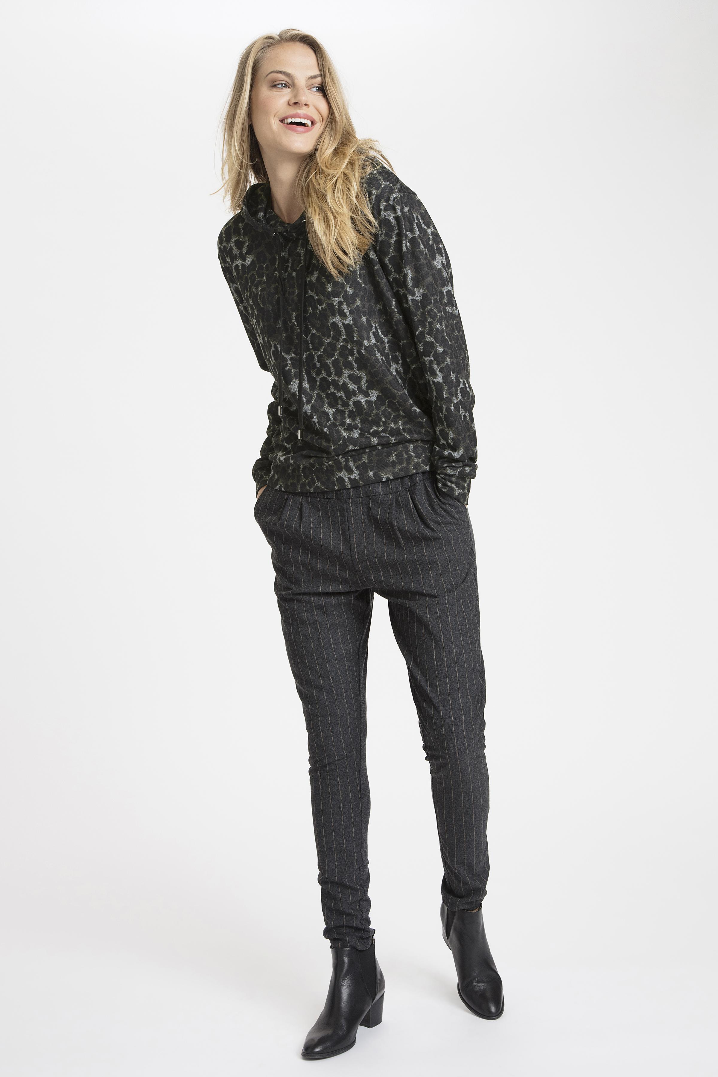 Donker grijsgemêleerd/zwart Sweatshirt van Kaffe – Door Donker grijsgemêleerd/zwart Sweatshirt van maat. XS-XXL hier