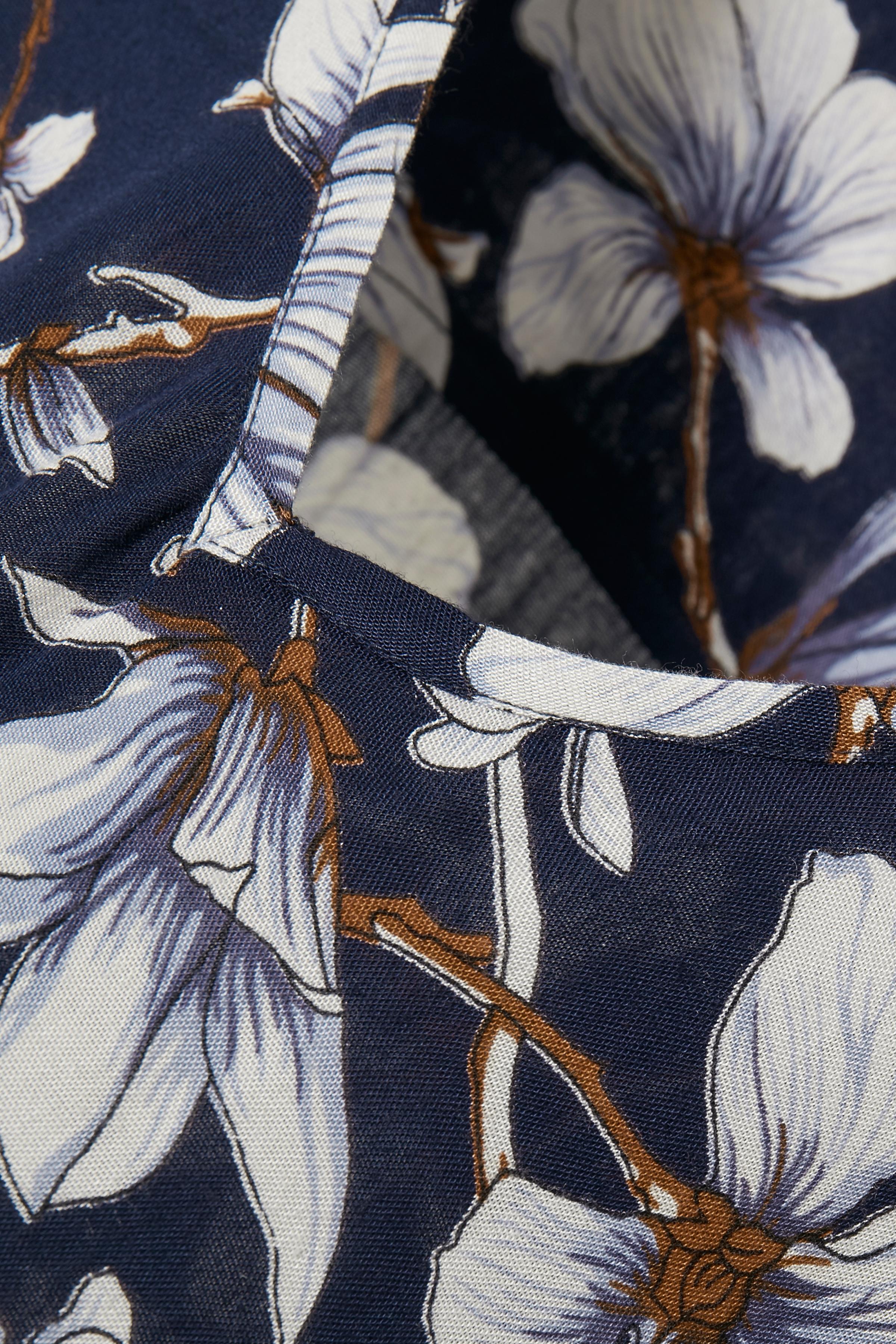 Donkerblauw Tuniek van Kaffe – Door Donkerblauw Tuniek van maat. 34-46 hier