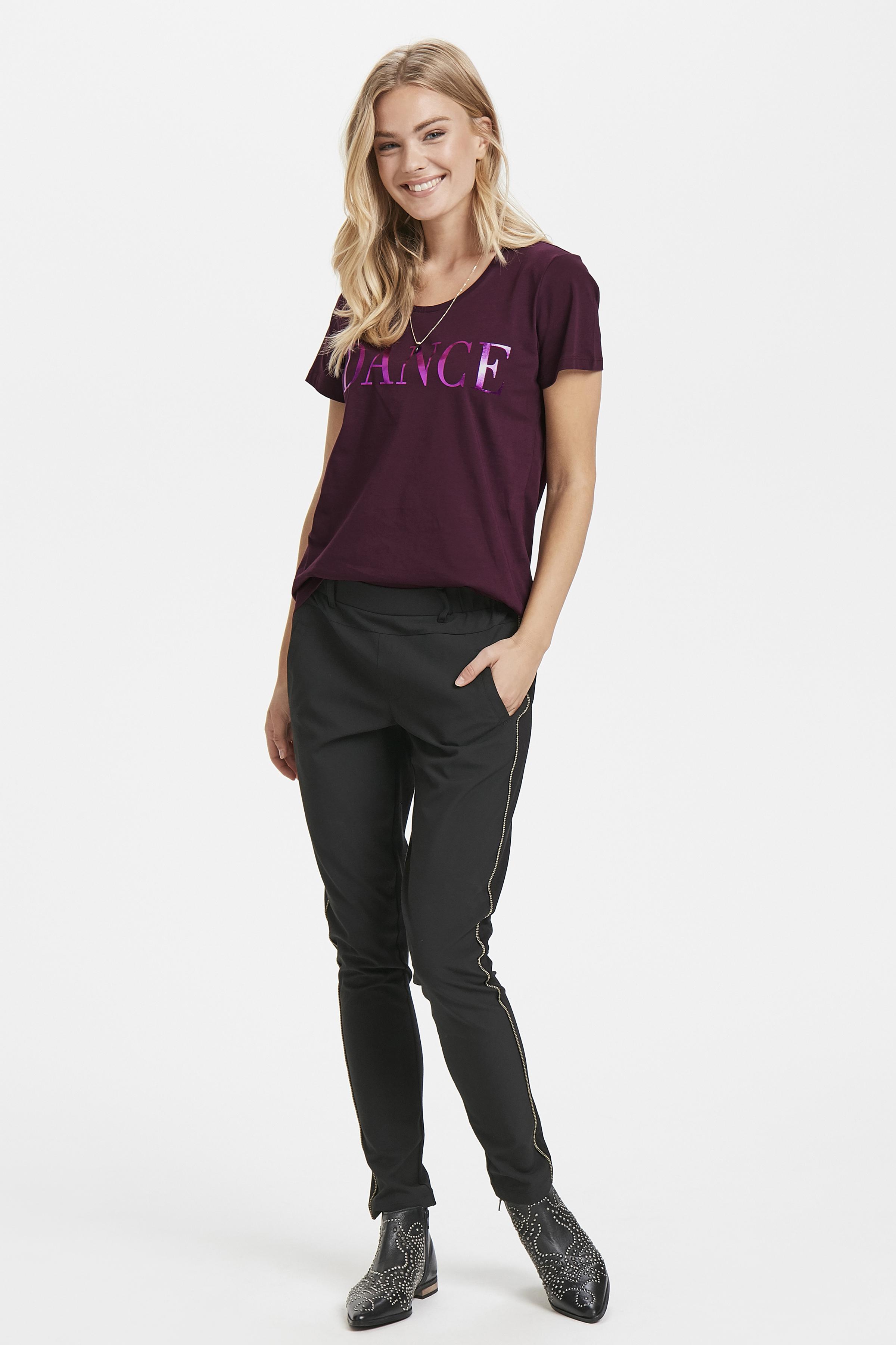Dunkel bordeaux Kurzarm T-Shirt von Kaffe – Shoppen SieDunkel bordeaux Kurzarm T-Shirt ab Gr. XS-XXL hier