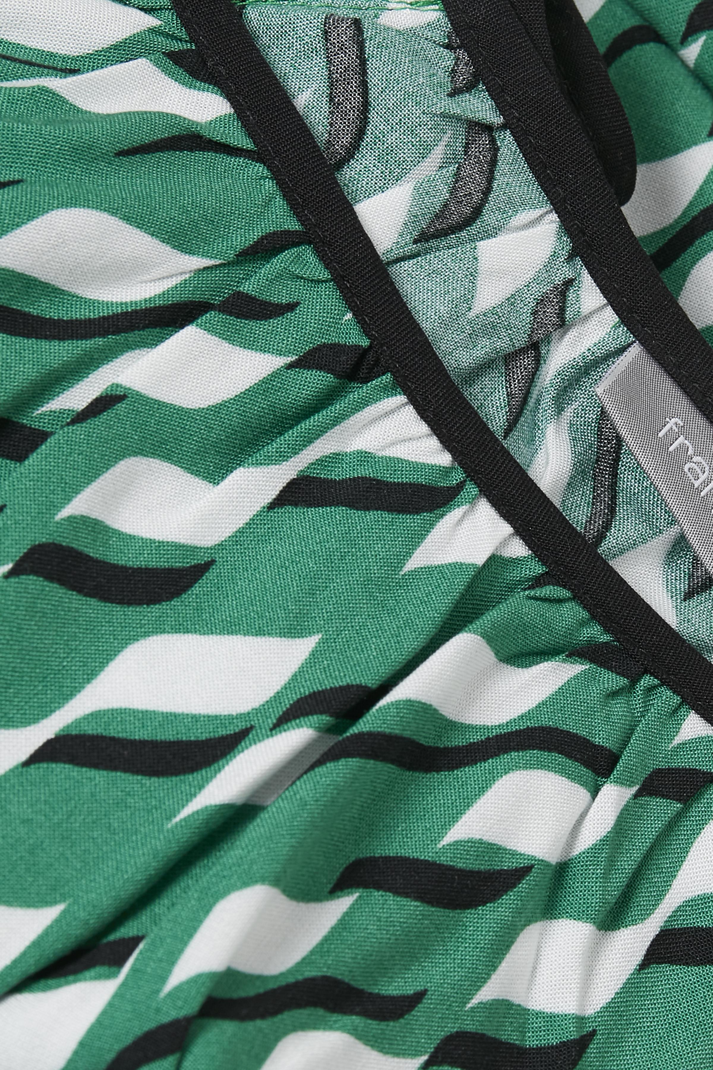 Grøn/hvid Kortærmet bluse fra Fransa – Køb Grøn/hvid Kortærmet bluse fra str. XS-XXL her