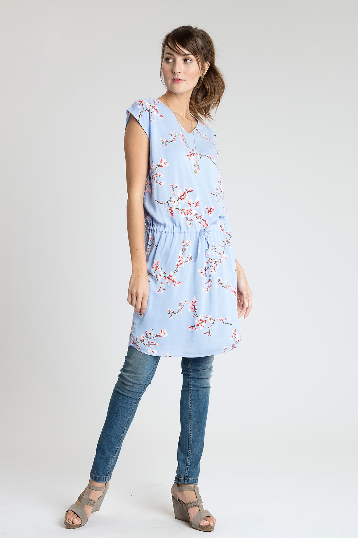 Hellblau/rot Kleid von b.young – Shoppen Sie Hellblau/rot Kleid ab Gr. 34-46 hier