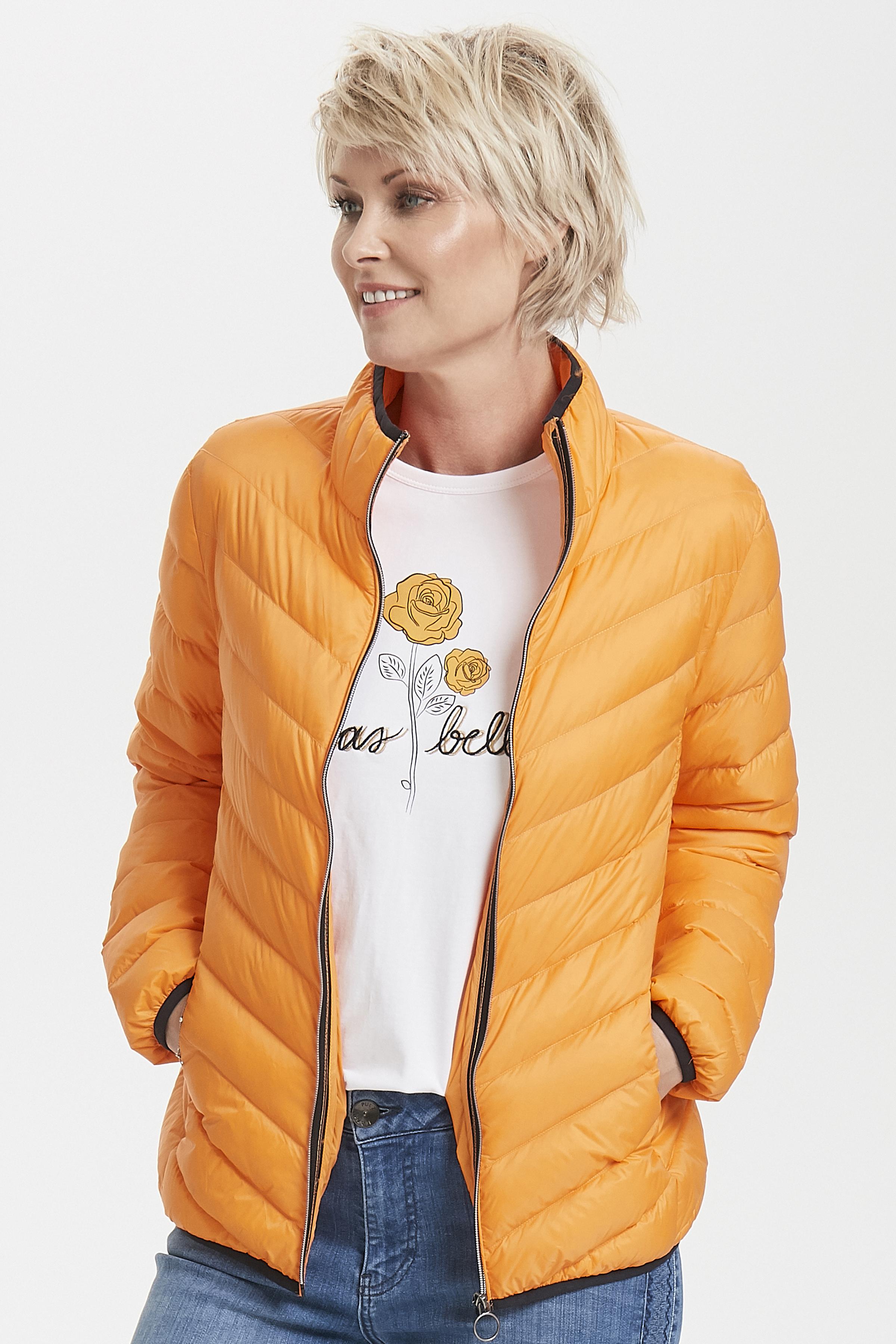 Ljus orange