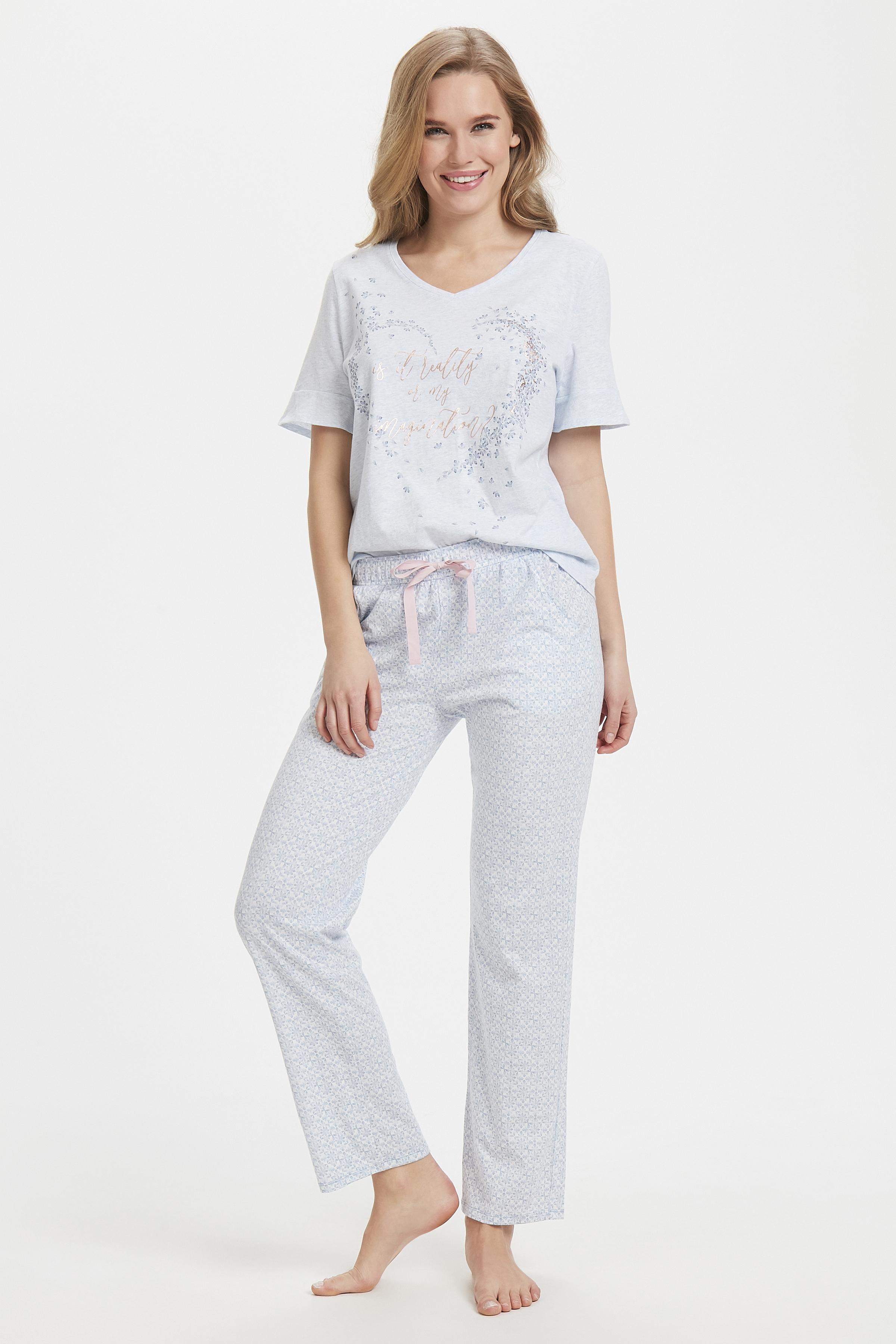 Ljusblå/off-white Homewear set från Triumph – Köp Ljusblå/off-white Homewear set från stl. 36-46 här