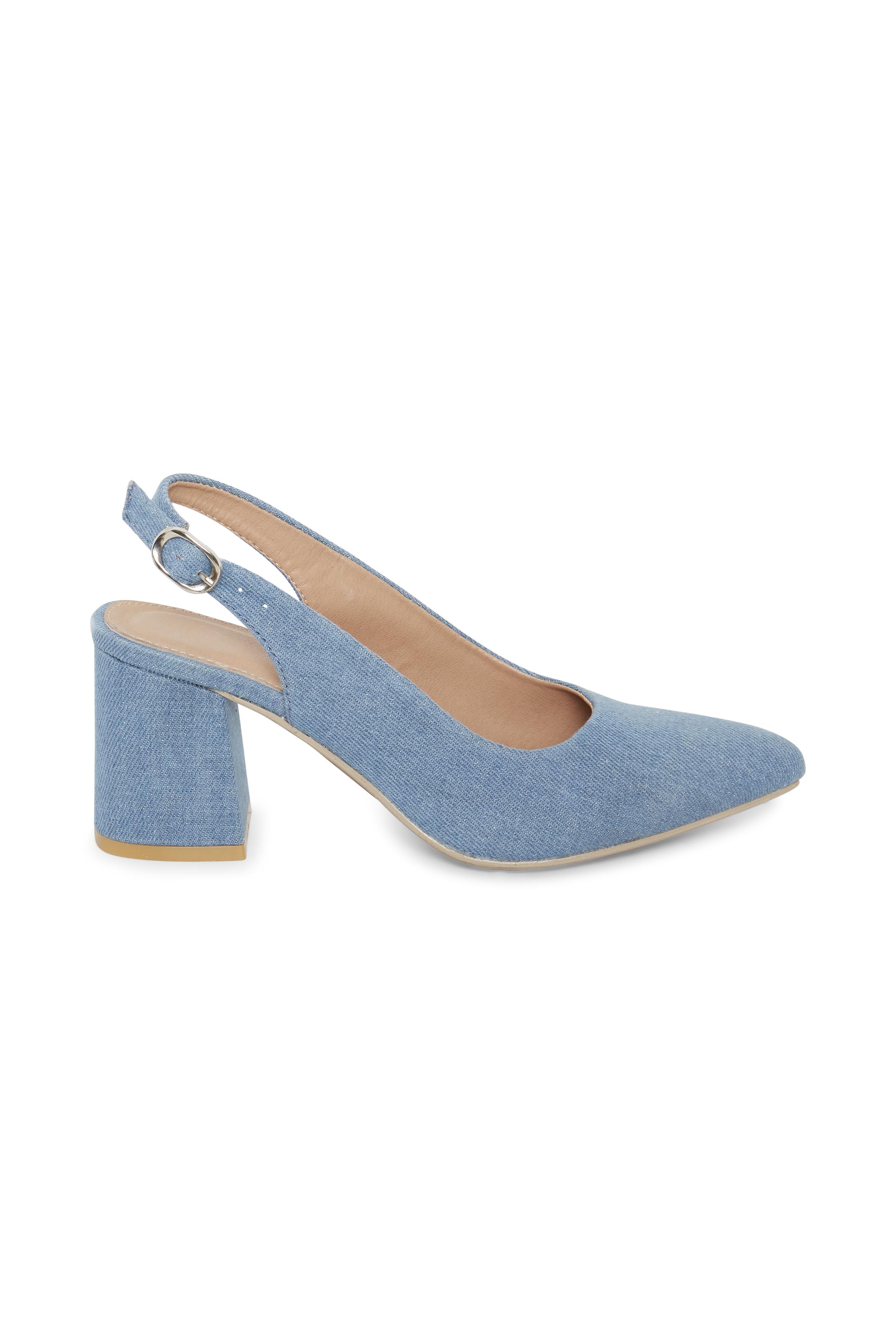 Ljusblå Skor från Ichi - accessories – Köp Ljusblå Skor från stl. 36-41 här