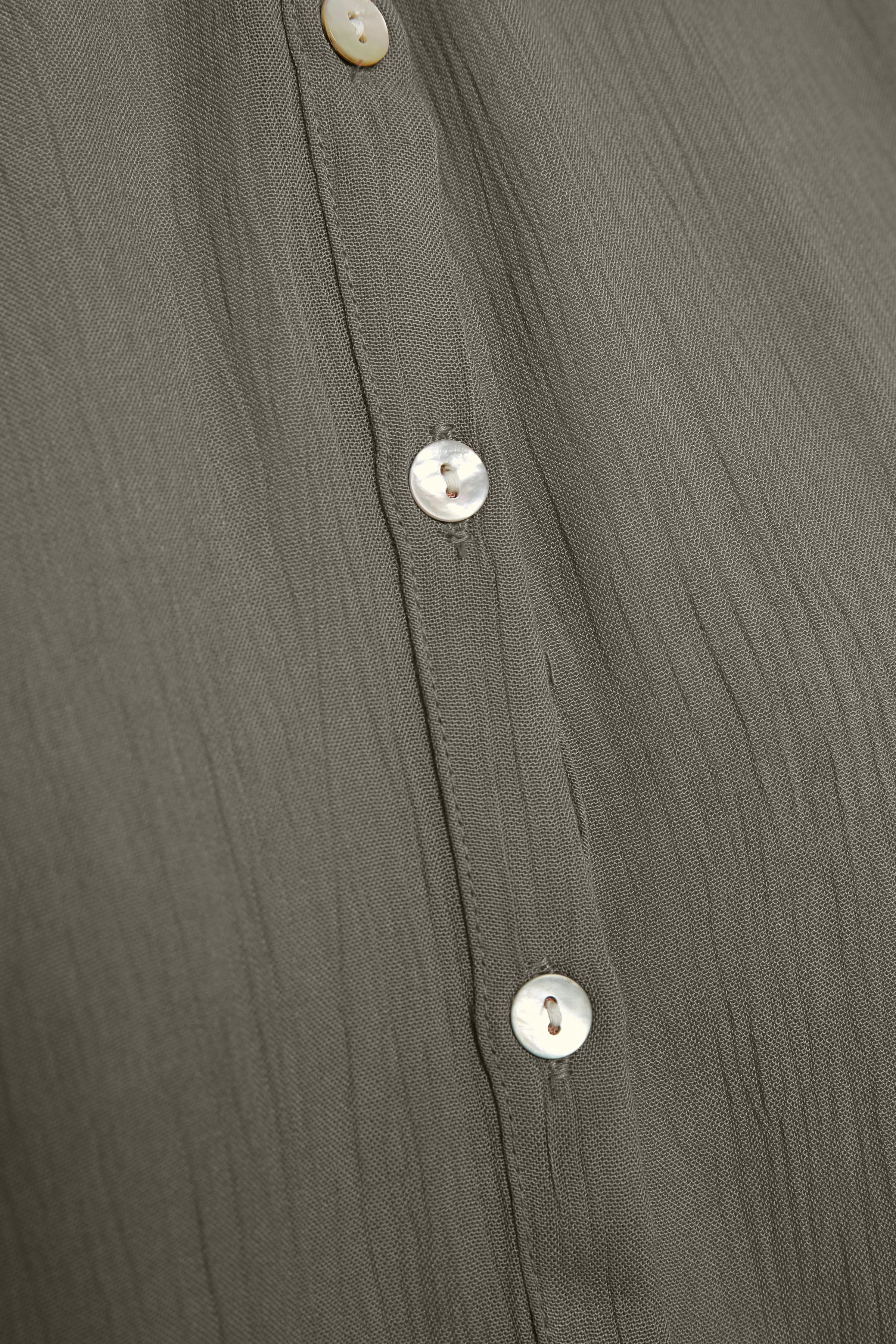 Ljusgrå Långärmad blus från Kaffe – Köp Ljusgrå Långärmad blus från stl. 34-46 här