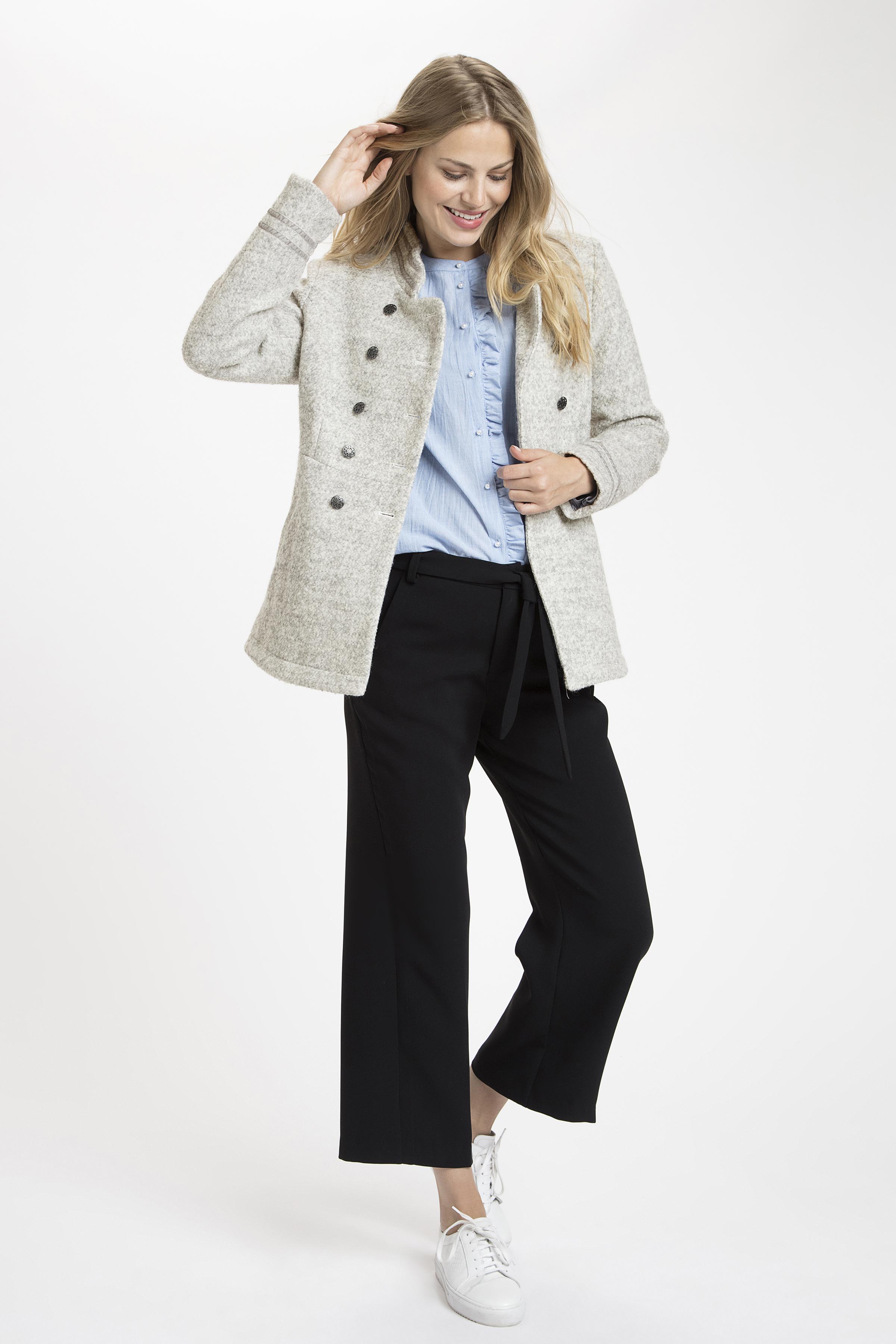 Lys gråmeleret Frakke fra Cream – Køb Lys gråmeleret Frakke fra str. 34-46 her