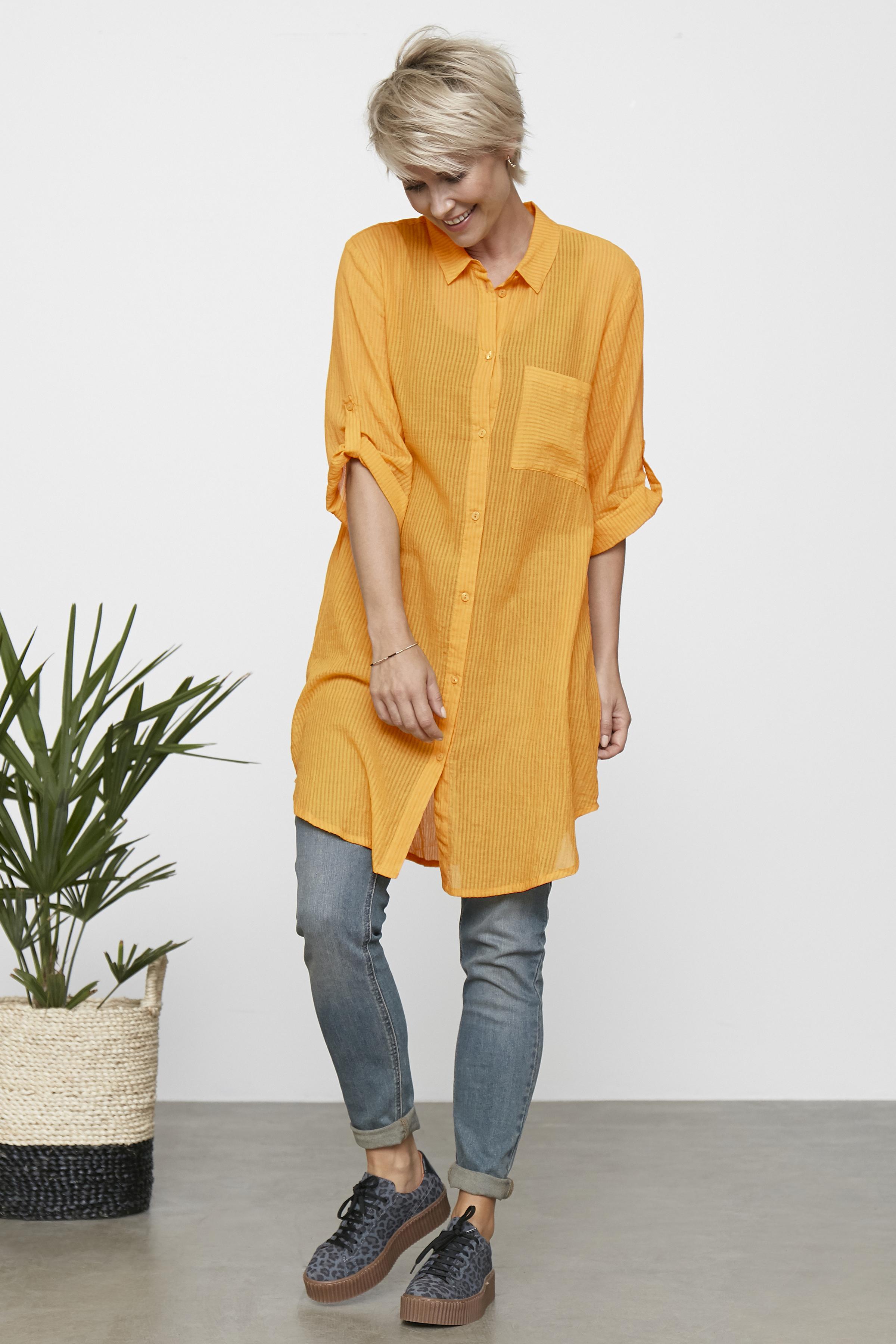 Lys gul