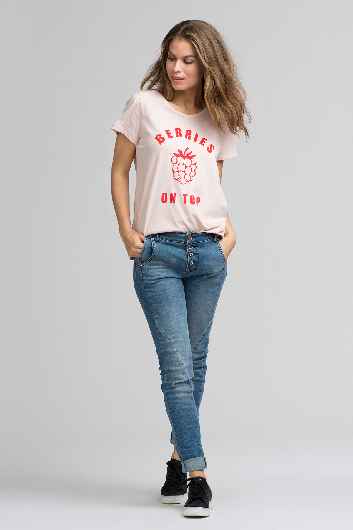 Lys rosa Kortærmet T-shirt fra Kaffe – Køb Lys rosa Kortærmet T-shirt fra str. L-XXL her