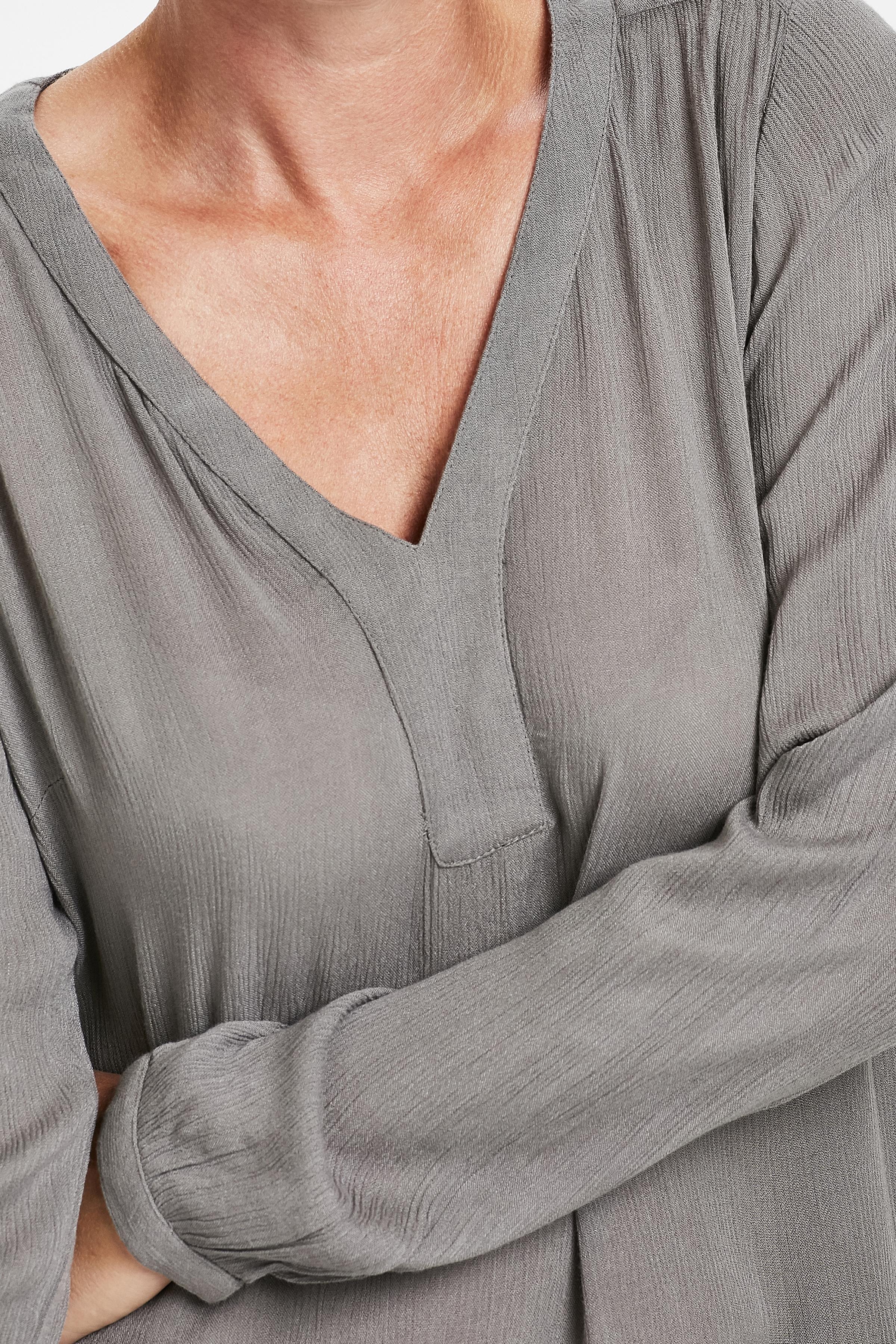 Lysegrå Langærmet bluse fra Kaffe – Køb Lysegrå Langærmet bluse fra str. 34-46 her