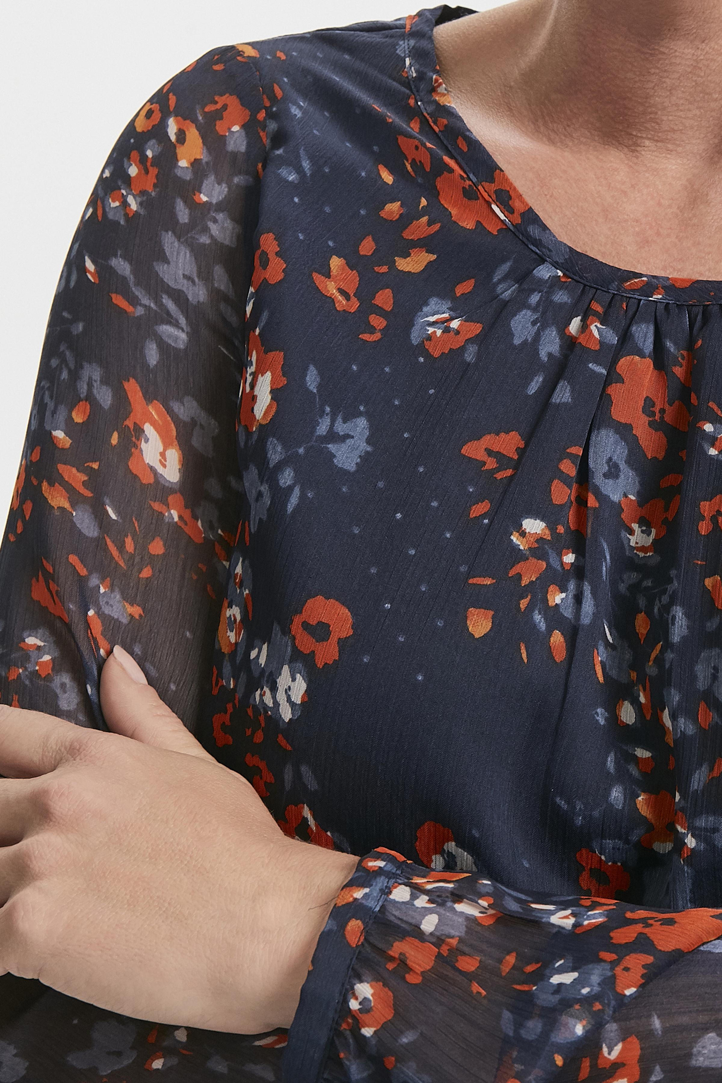 Marinblå/bränd röd Långärmad blus från Fransa – Köp Marinblå/bränd röd Långärmad blus från stl. XS-XXL här