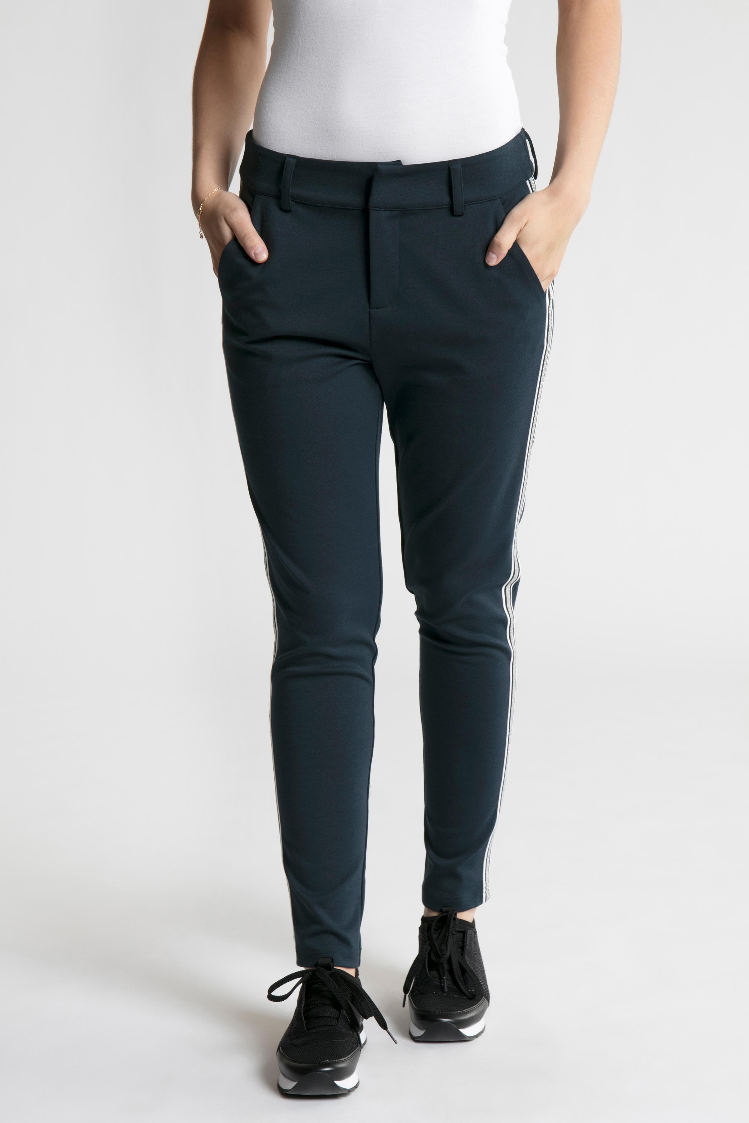 Marinblå Casual byxor från Bon'A Parte – Köp Marinblå Casual byxor från stl. 36-48 här