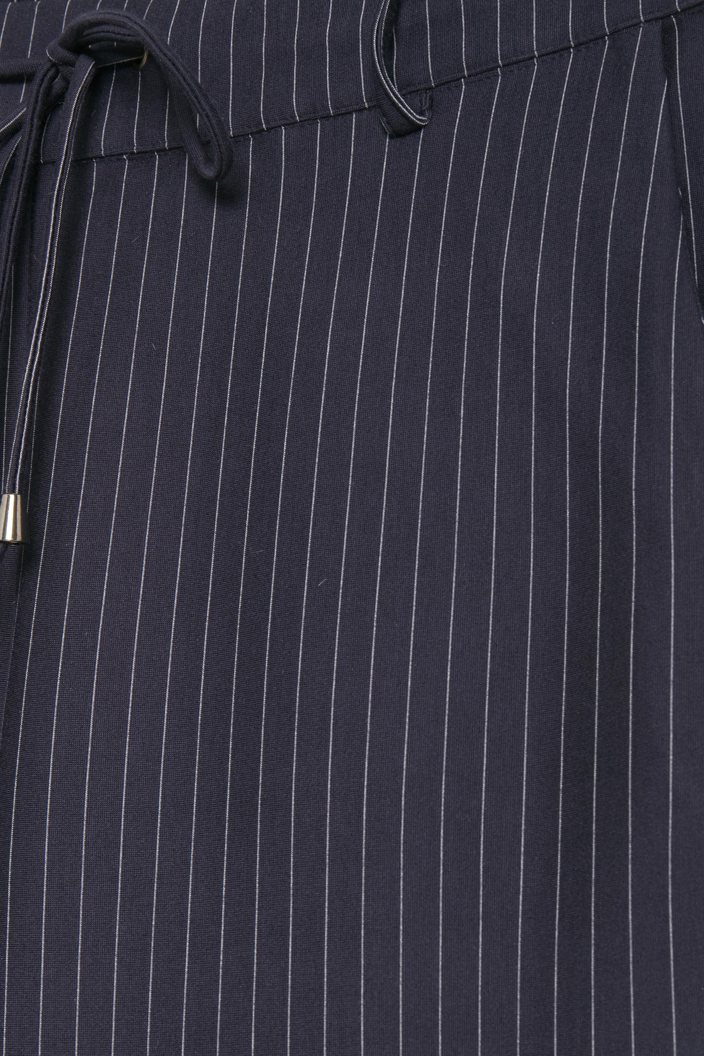Marinblå Casual byxor från b.young – Köp Marinblå Casual byxor från stl. XS-XXL här