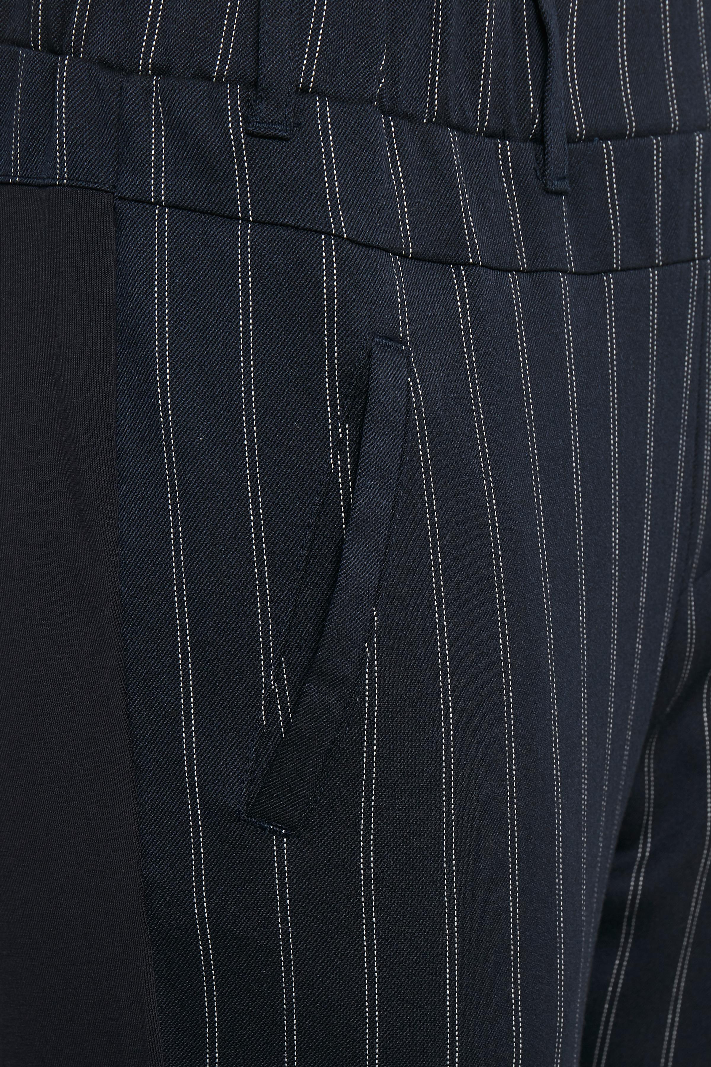 Marineblå Bukser fra Kaffe – Køb Marineblå Bukser fra str. 32-46 her