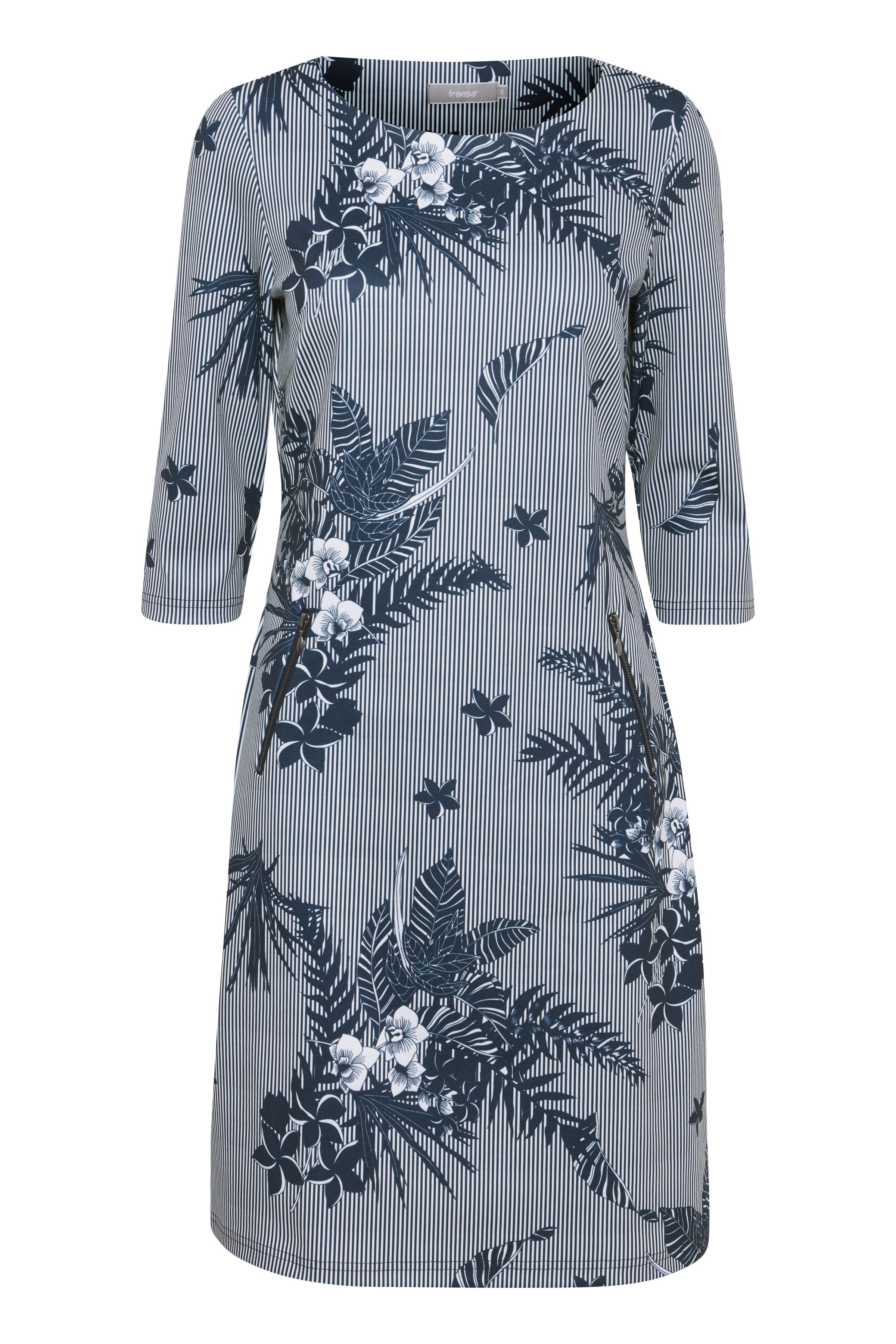 98852697 Fransa Dame Fransa kjole i en blød jersey kvalitet. Kjole med 3/4 ærmer