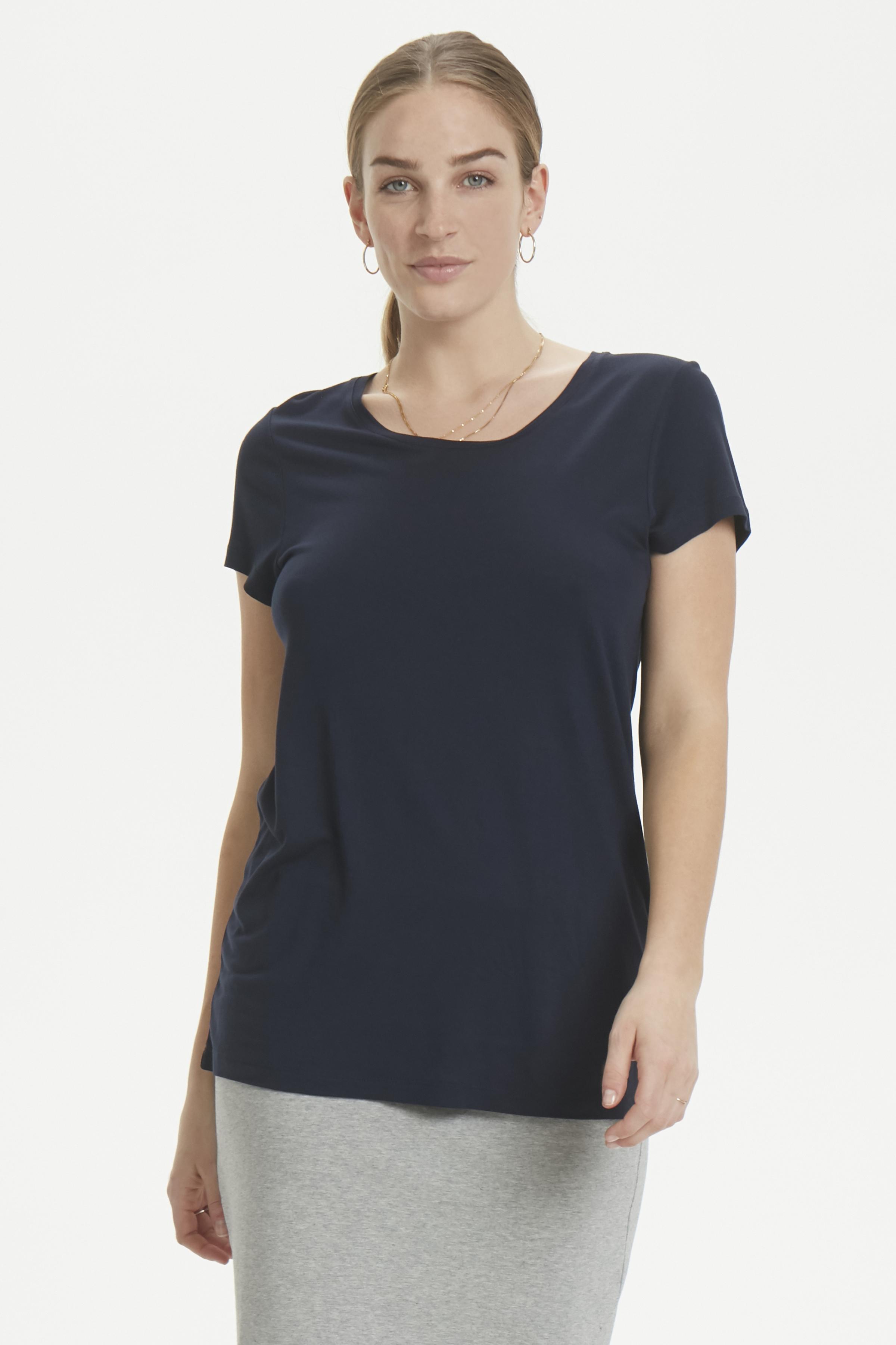Image of   Kaffe Dame Enkel og fin Anna T-shirt - Marineblå