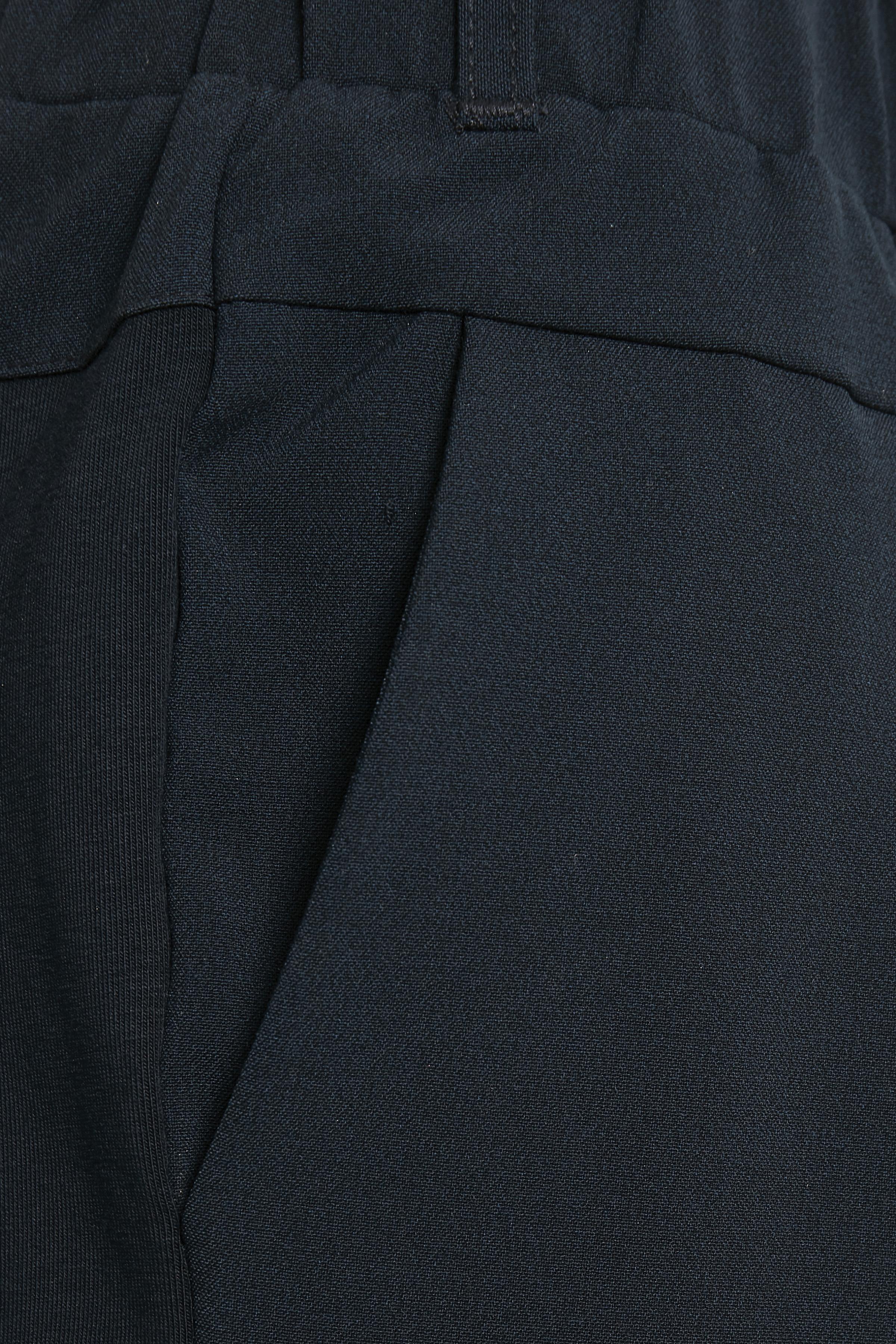 Marineblå Shorts fra Kaffe – Køb Marineblå Shorts fra str. 32-46 her