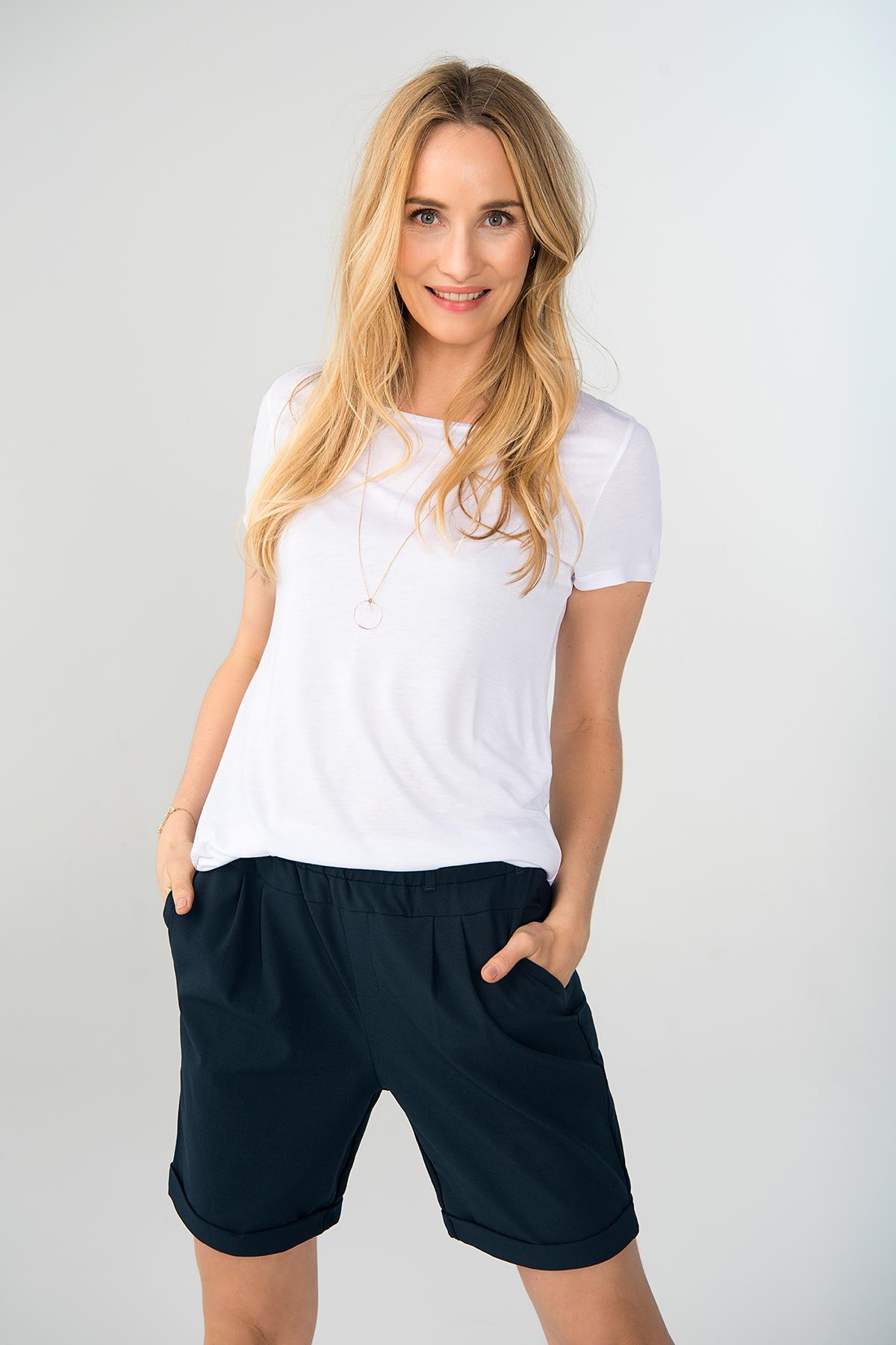 Marineblau Shorts von Kaffe – Shoppen SieMarineblau Shorts ab Gr. 32-46 hier