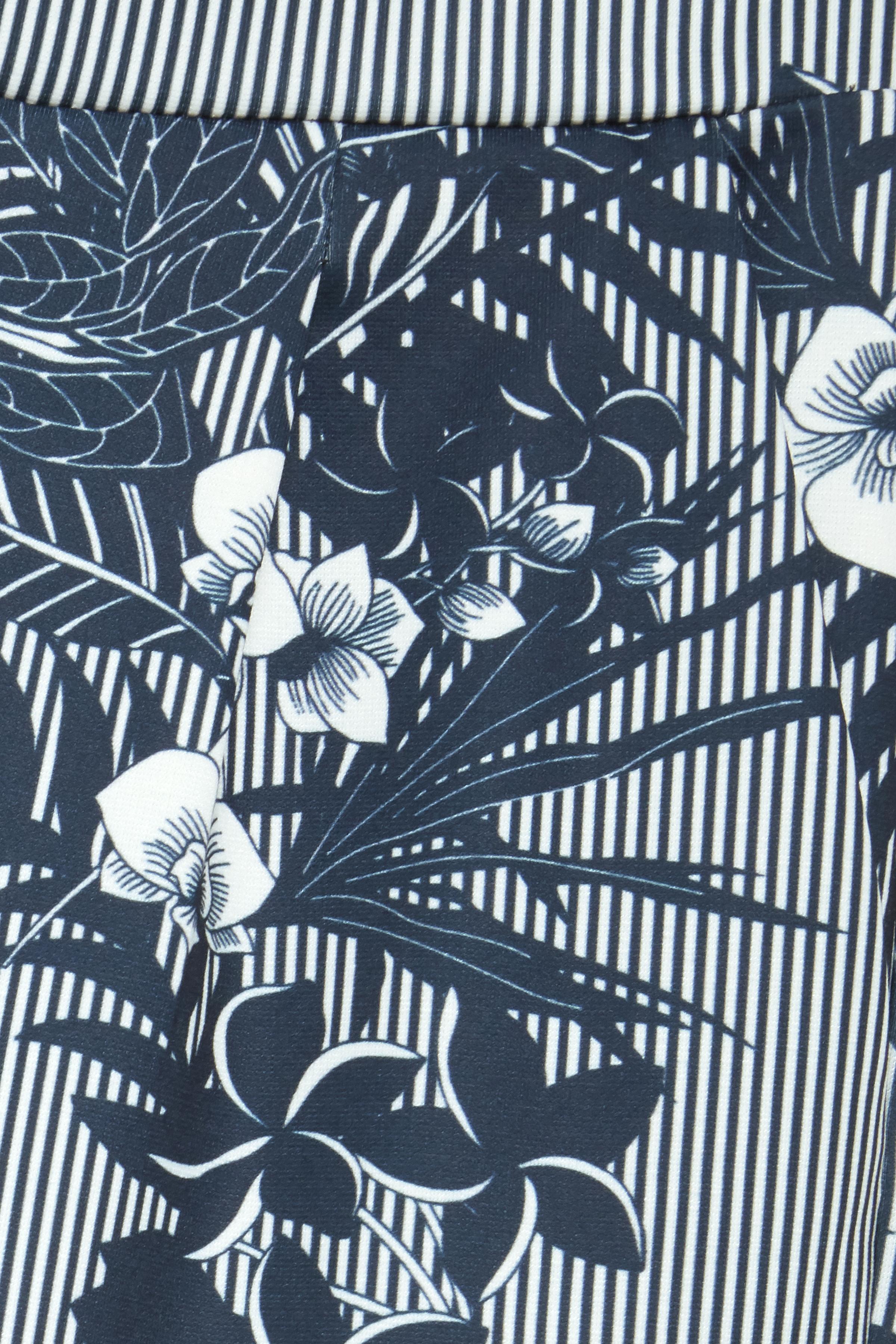Marineblau/weiß Knöchelhose von Fransa – Shoppen Sie Marineblau/weiß Knöchelhose ab Gr. XS-XXL hier