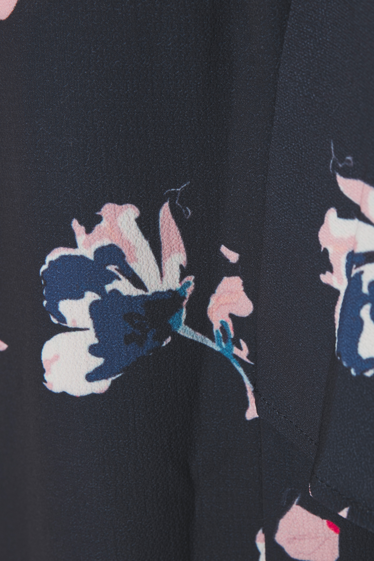 Marineblauw/roze Blouse met korte mouwen van Kaffe – Door Marineblauw/roze Blouse met korte mouwen van maat. 34-46 hier