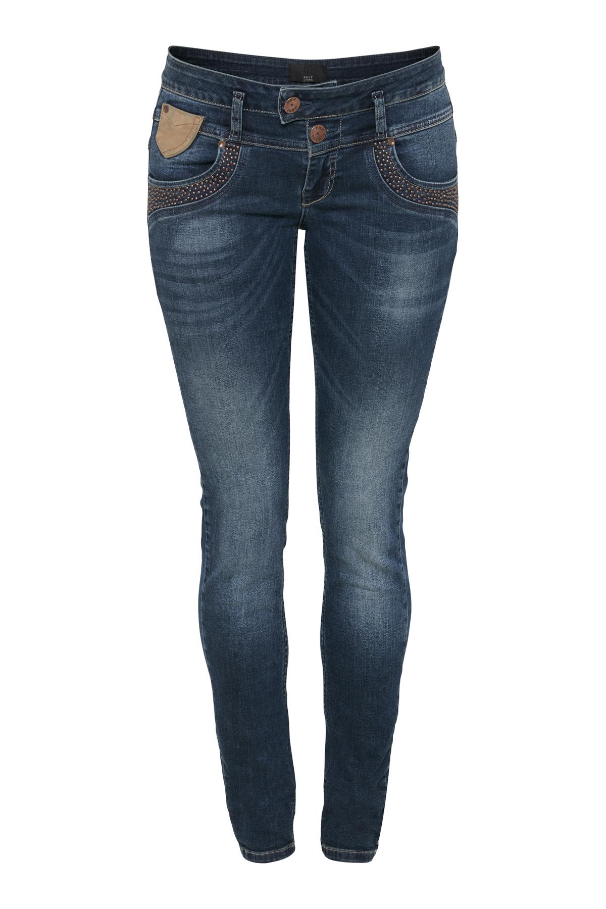 Image of Pulz Jeans Dame PULZ: Super lækre 5-lommet bukser i denimkvalitet med slid detaljer og vask for et råt udtryk. Fast linning, bæltestropper, to synlige knaplukninger og lynlås. Normal pasform med normal taljehøjde og smalle ben. Cowboybukserne til dig som