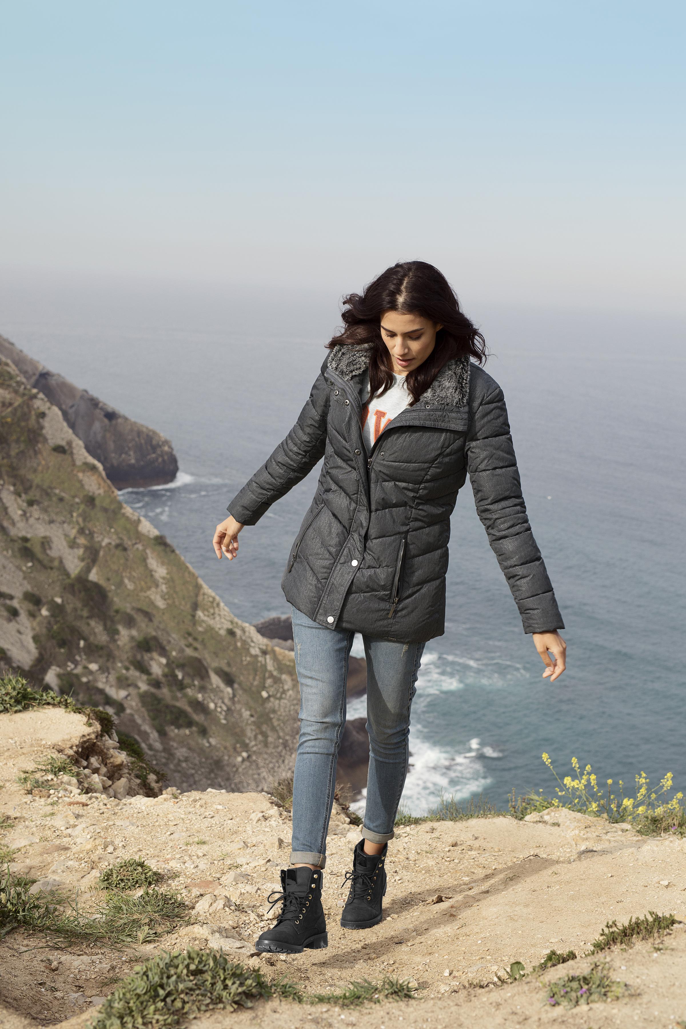 Mørk gråmeleret Frakke fra Fransa – Køb Mørk gråmeleret Frakke fra str. XS-XXL her