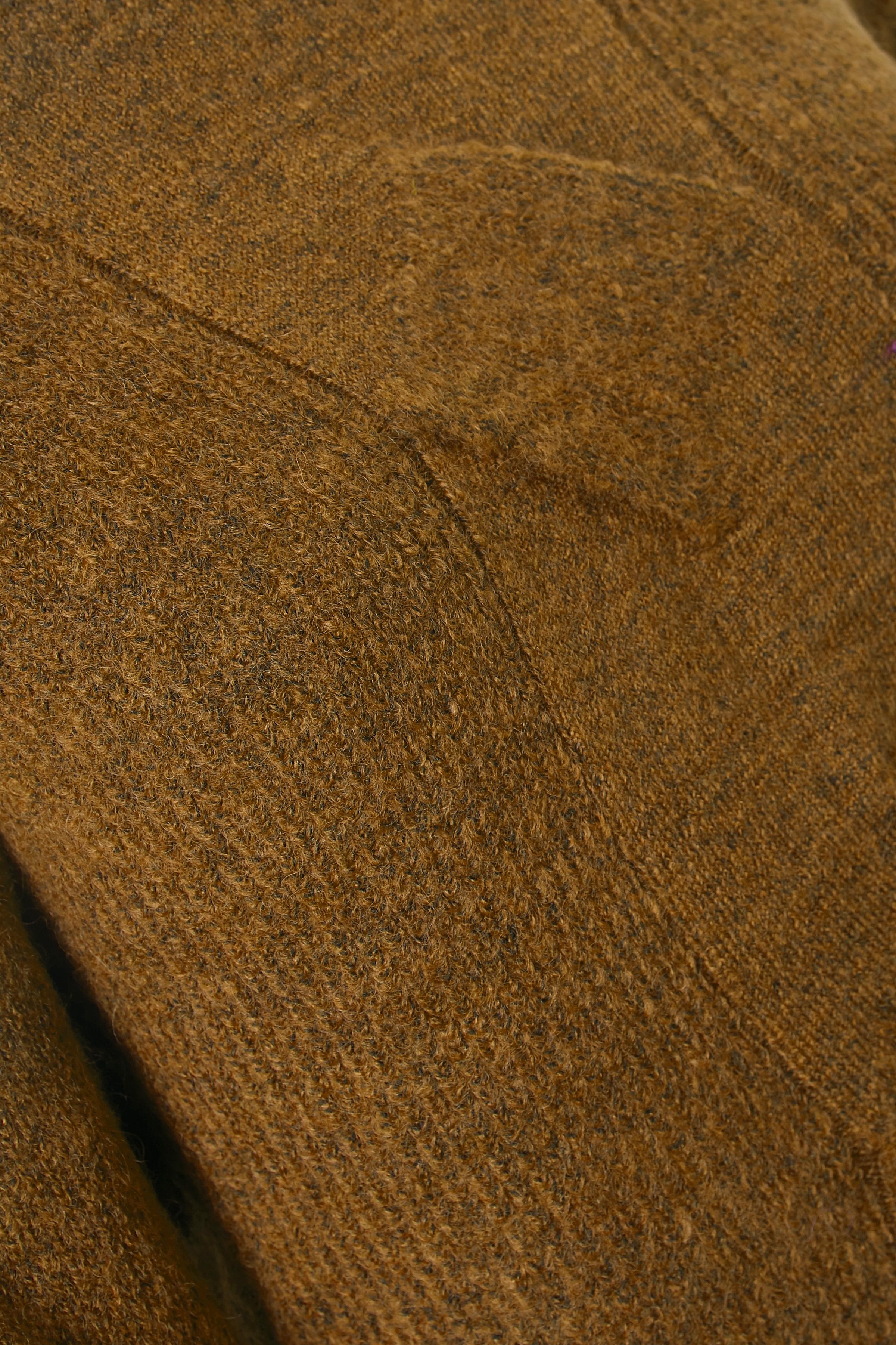 Mørk karrymeleret Strikpullover fra Fransa – Køb Mørk karrymeleret Strikpullover fra str. XS-XXL her