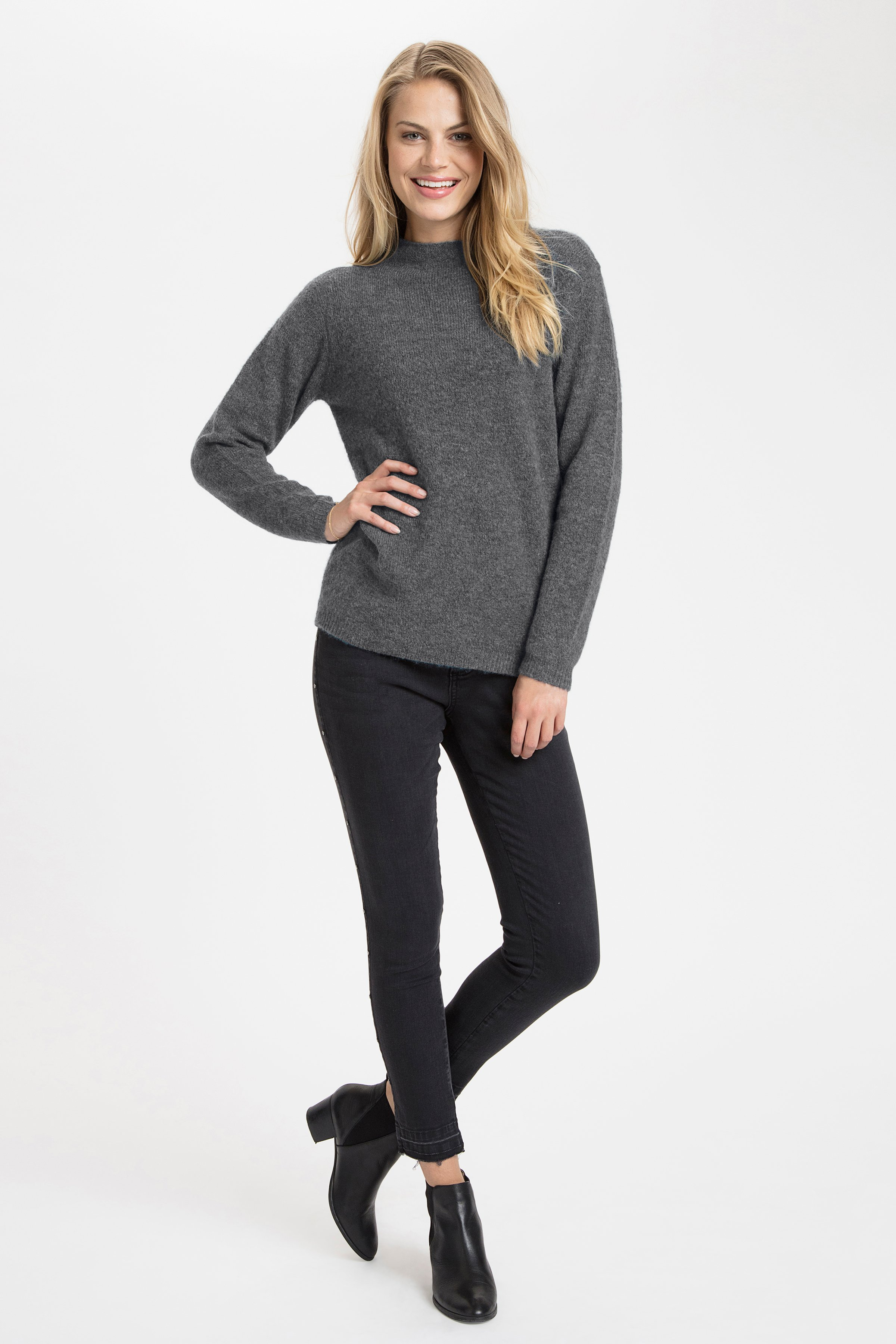 Mörk gråmelerad Stickad pullover från Fransa – Köp Mörk gråmelerad Stickad pullover från stl. XS-XXL här