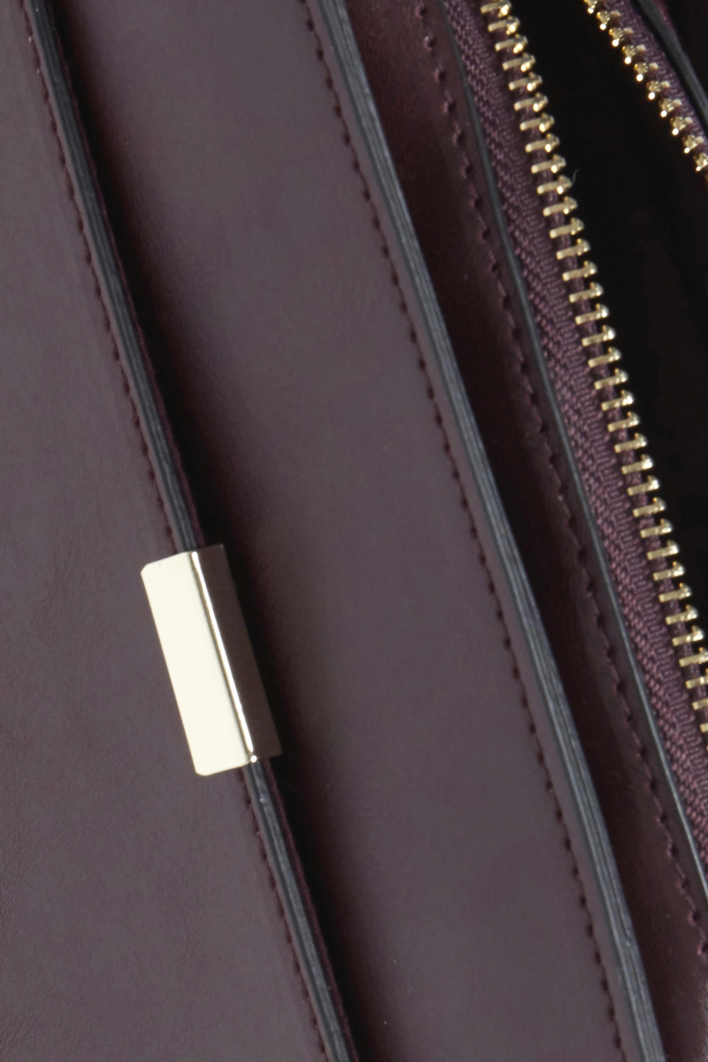 Mörkbrun Väska från Ichi - accessories – Köp Mörkbrun Väska från stl. ONE här