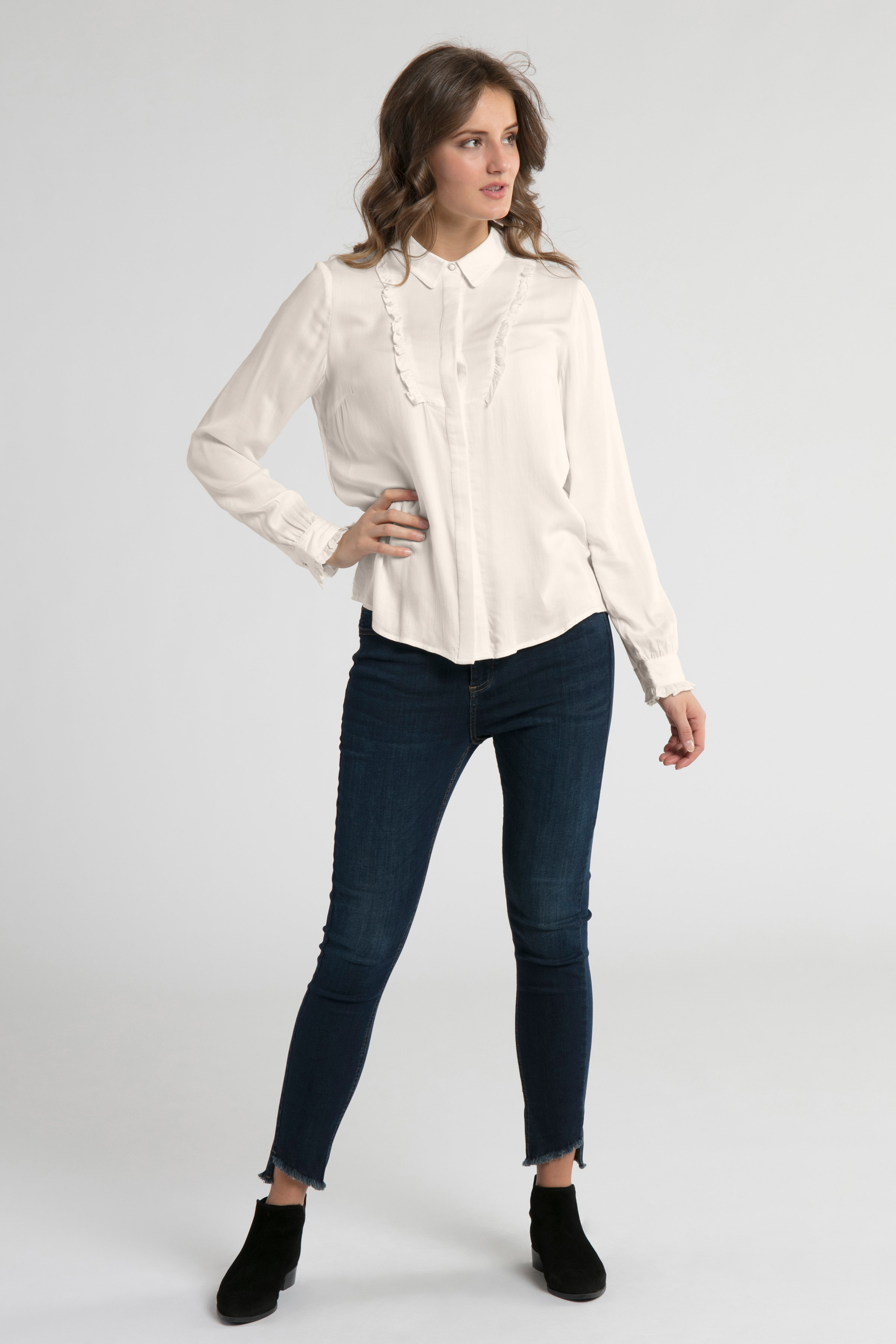 Off-white Långärmad skjorta från Culture – Köp Off-white Långärmad skjorta från stl. XS-XXL här