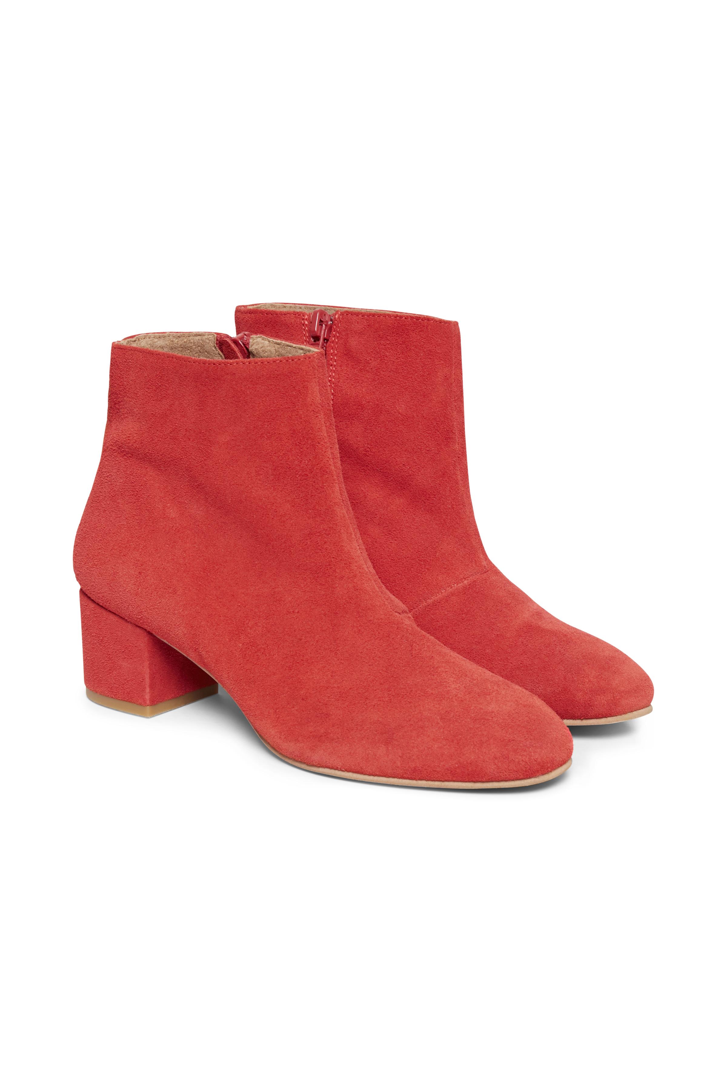 Röd Mockastövla från Cream Accessories – Köp Röd Mockastövla från stl. 36-41 här
