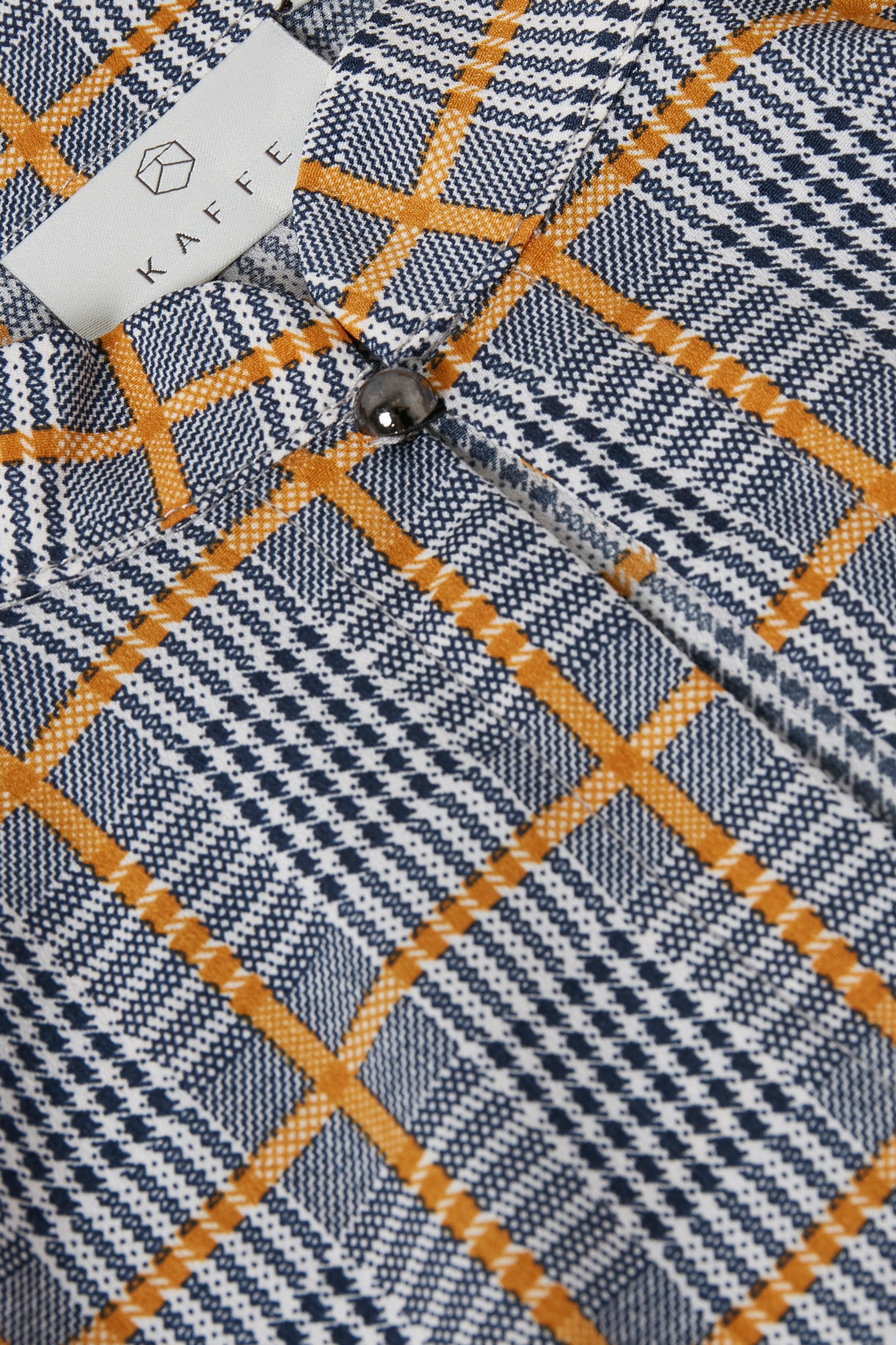 Schwarz/dunkelcurry Langarm-Bluse von Kaffe – Shoppen Sie Schwarz/dunkelcurry Langarm-Bluse ab Gr. 34-46 hier