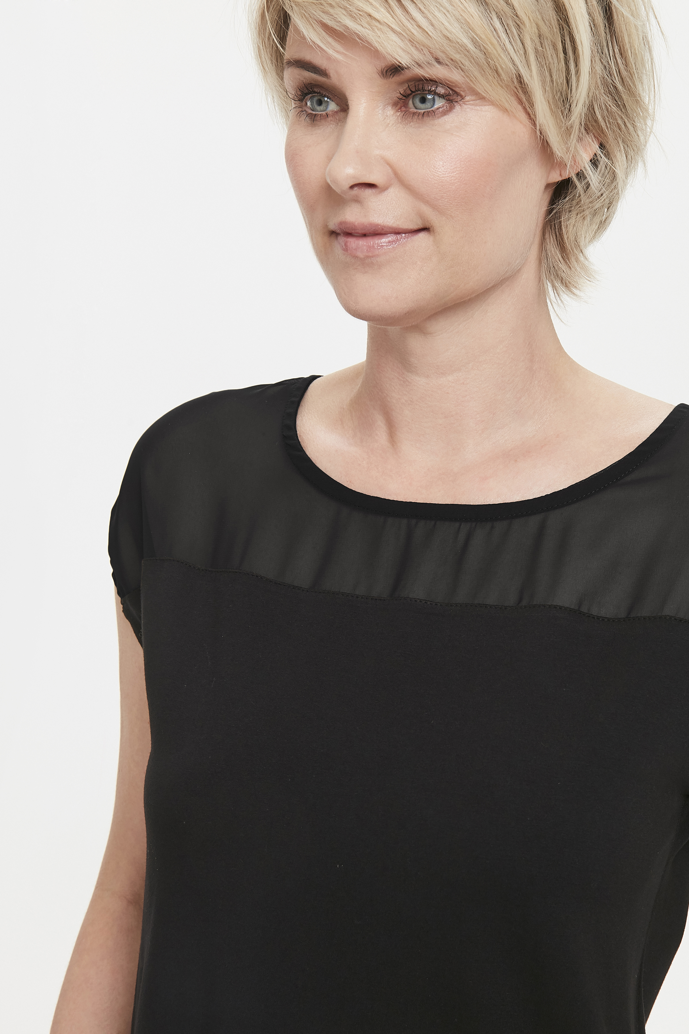 Schwarz Kurzarm-Shirt von Bon'A Parte – Shoppen Sie Schwarz Kurzarm-Shirt ab Gr. S-2XL hier