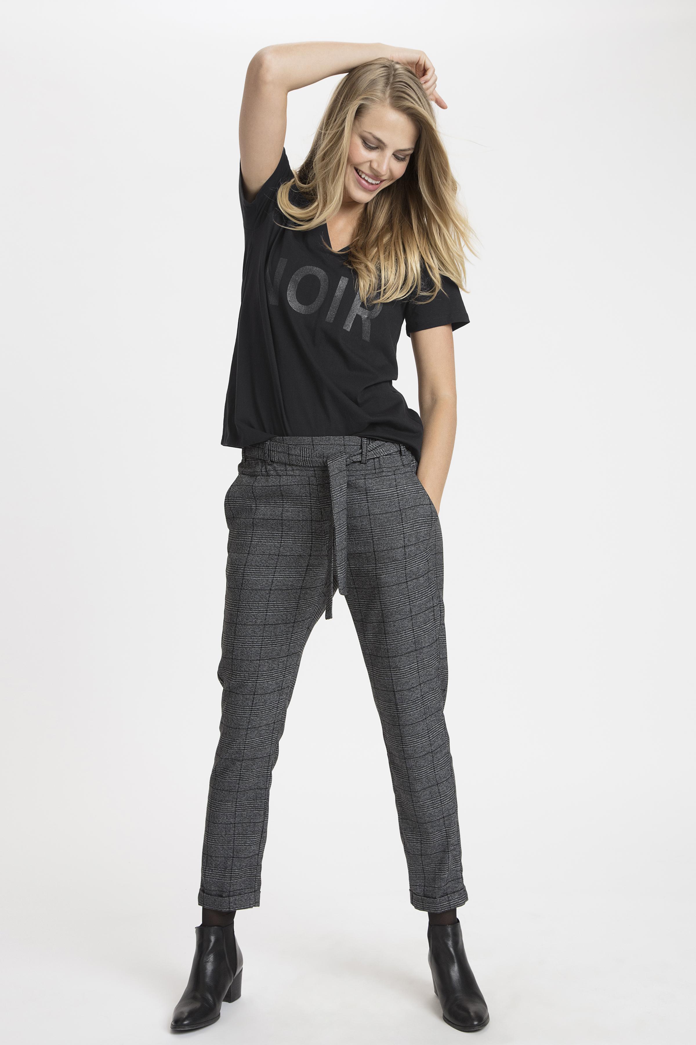 Schwarz Kurzarm T-Shirt von Dranella – Shoppen Sie Schwarz Kurzarm T-Shirt ab Gr. XS-XXL hier