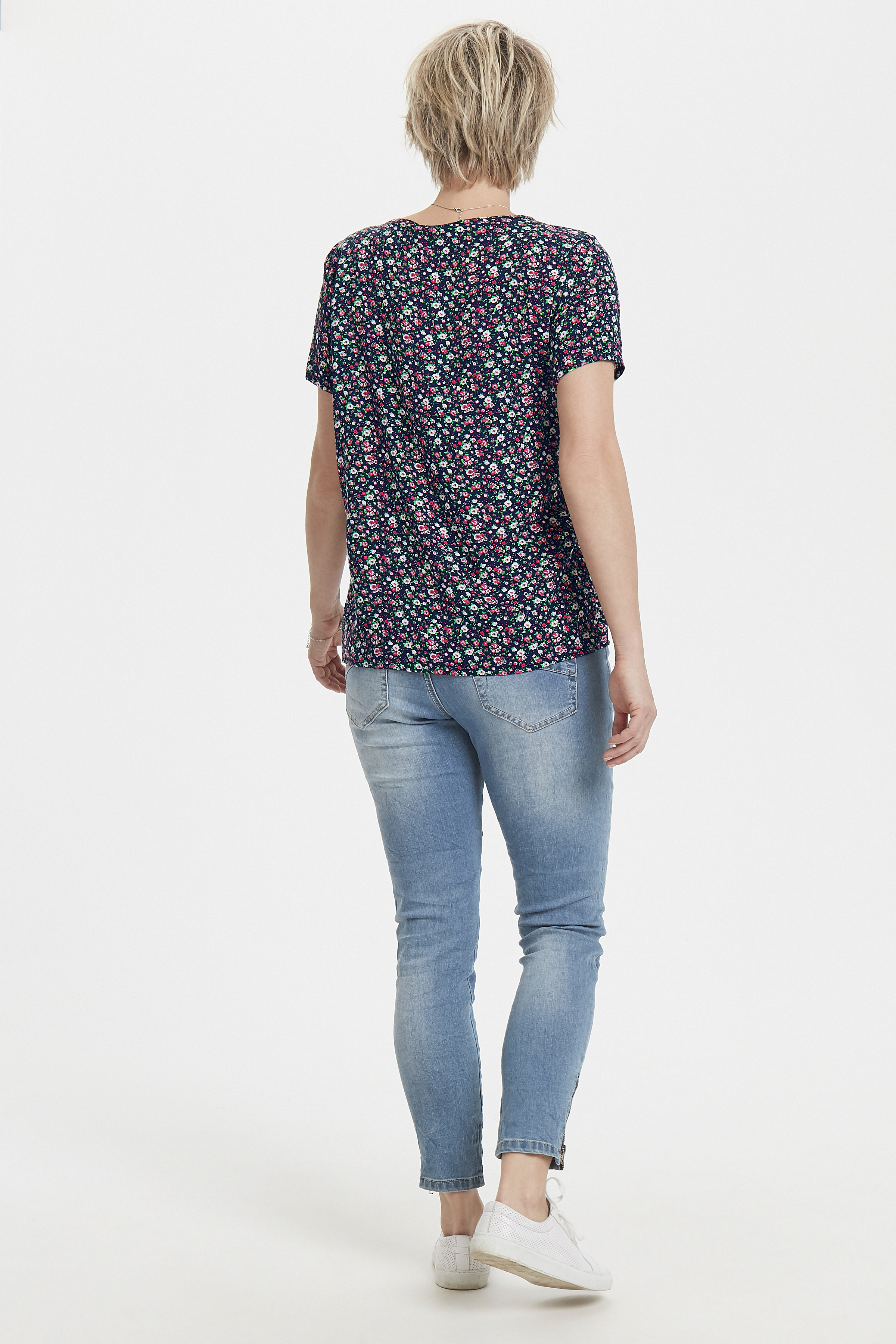 Schwarz/pink Kurzarm-Bluse von Fransa – Shoppen Sie Schwarz/pink Kurzarm-Bluse ab Gr. XS-XXL hier