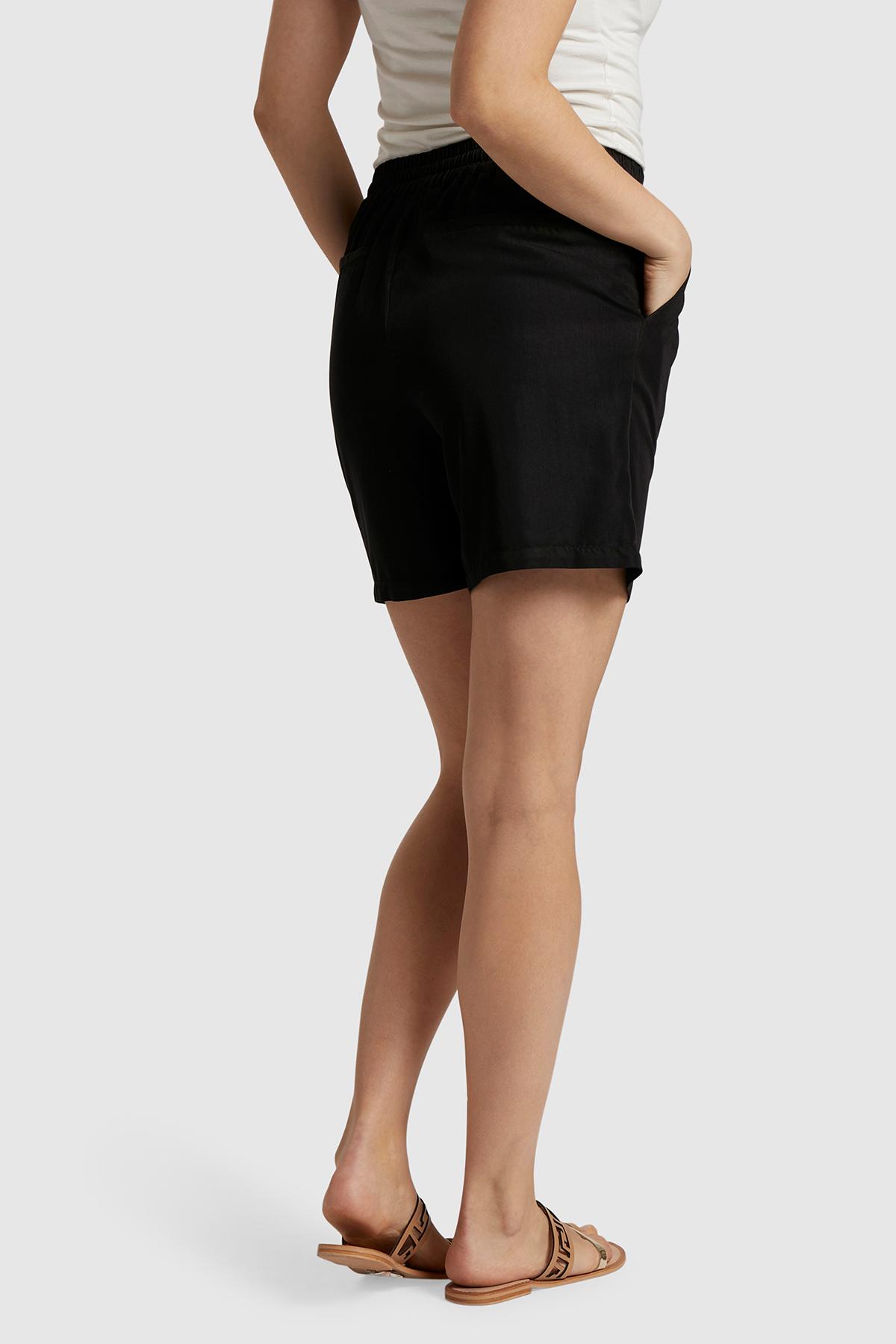 Schwarz Shorts von Bon'A Parte – Shoppen Sie Schwarz Shorts ab Gr. S-2XL hier