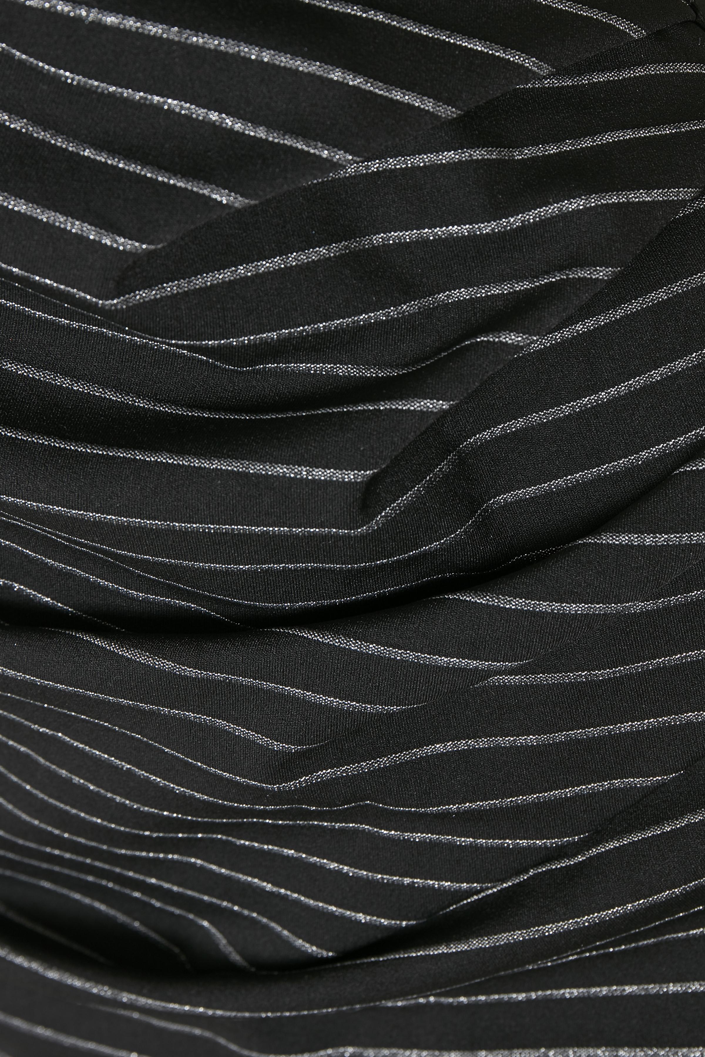 Schwarz/silber Strickkleid von Kaffe – Shoppen SieSchwarz/silber Strickkleid ab Gr. XS-XXL hier