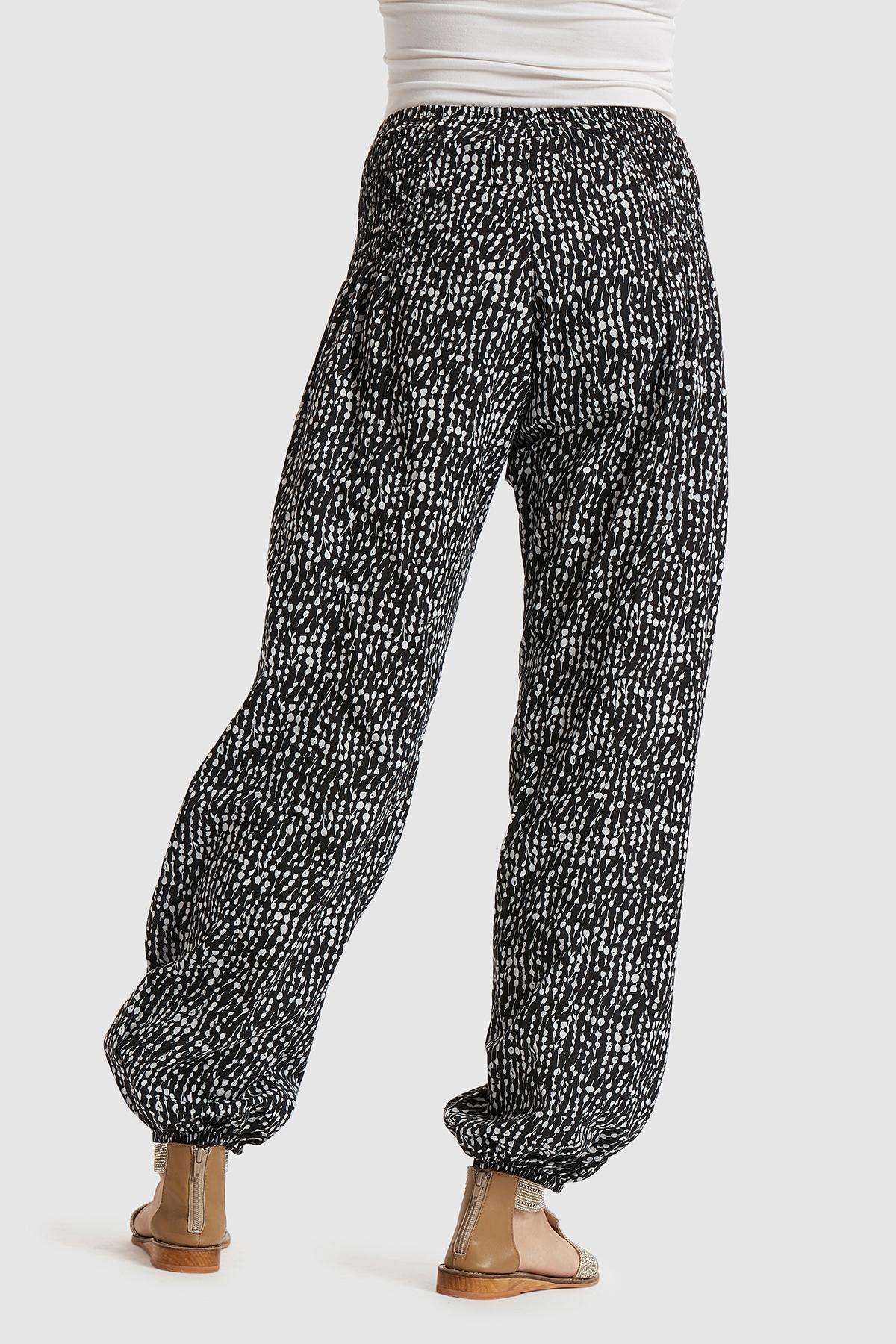 Schwarz/weiss Hose von Pulz Jeans – Shoppen SieSchwarz/weiss Hose ab Gr. XS-XXL hier
