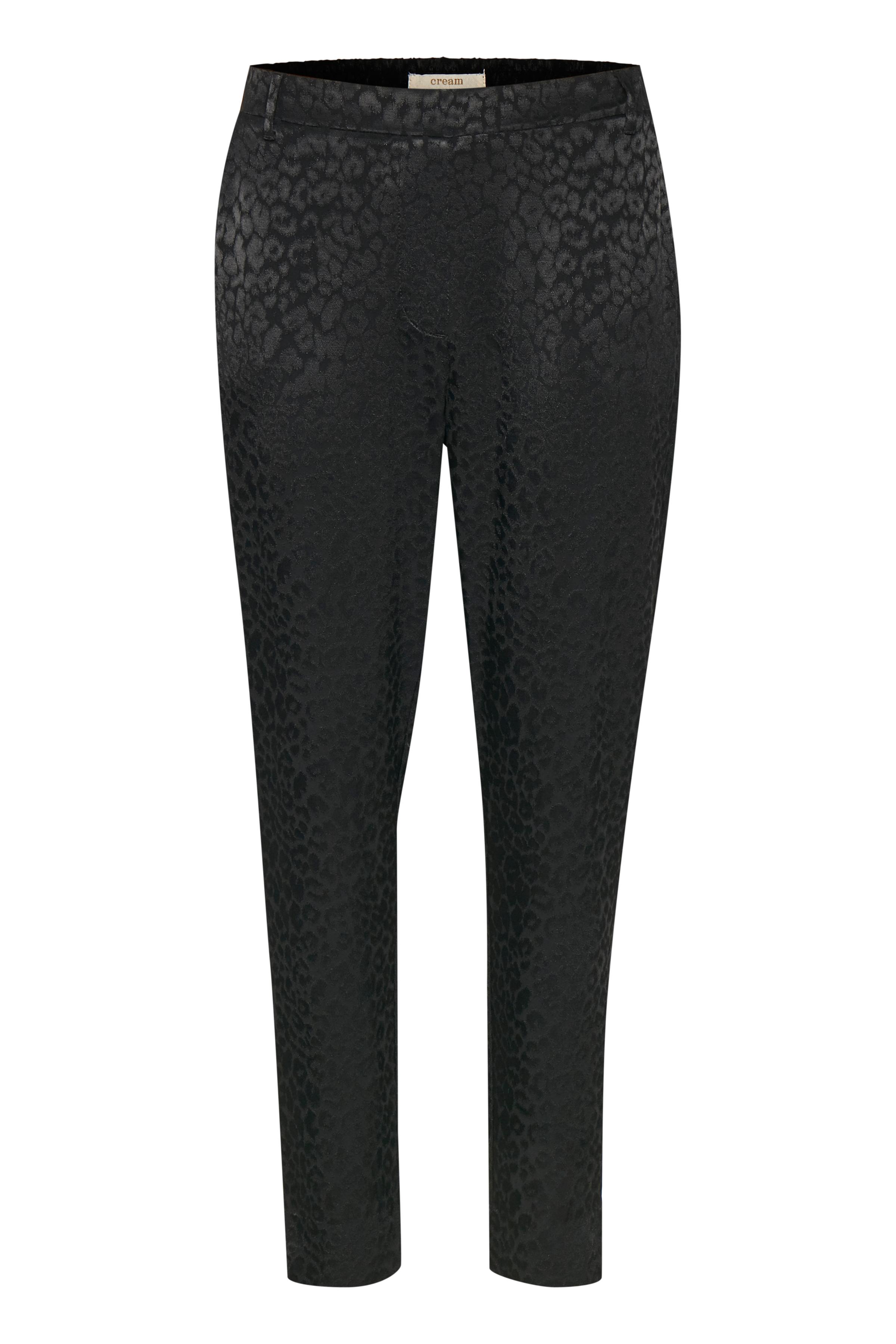 Image of Cream Dame Bløde Cream bukser med stiklommer foran og paspoleret lomme bagpå. Elastik i taljen bagpå og fast linning foran. Bæltestropper og knap- og lynlåslukning. Vævet jaquard kvalitet. Bukserne - Sort