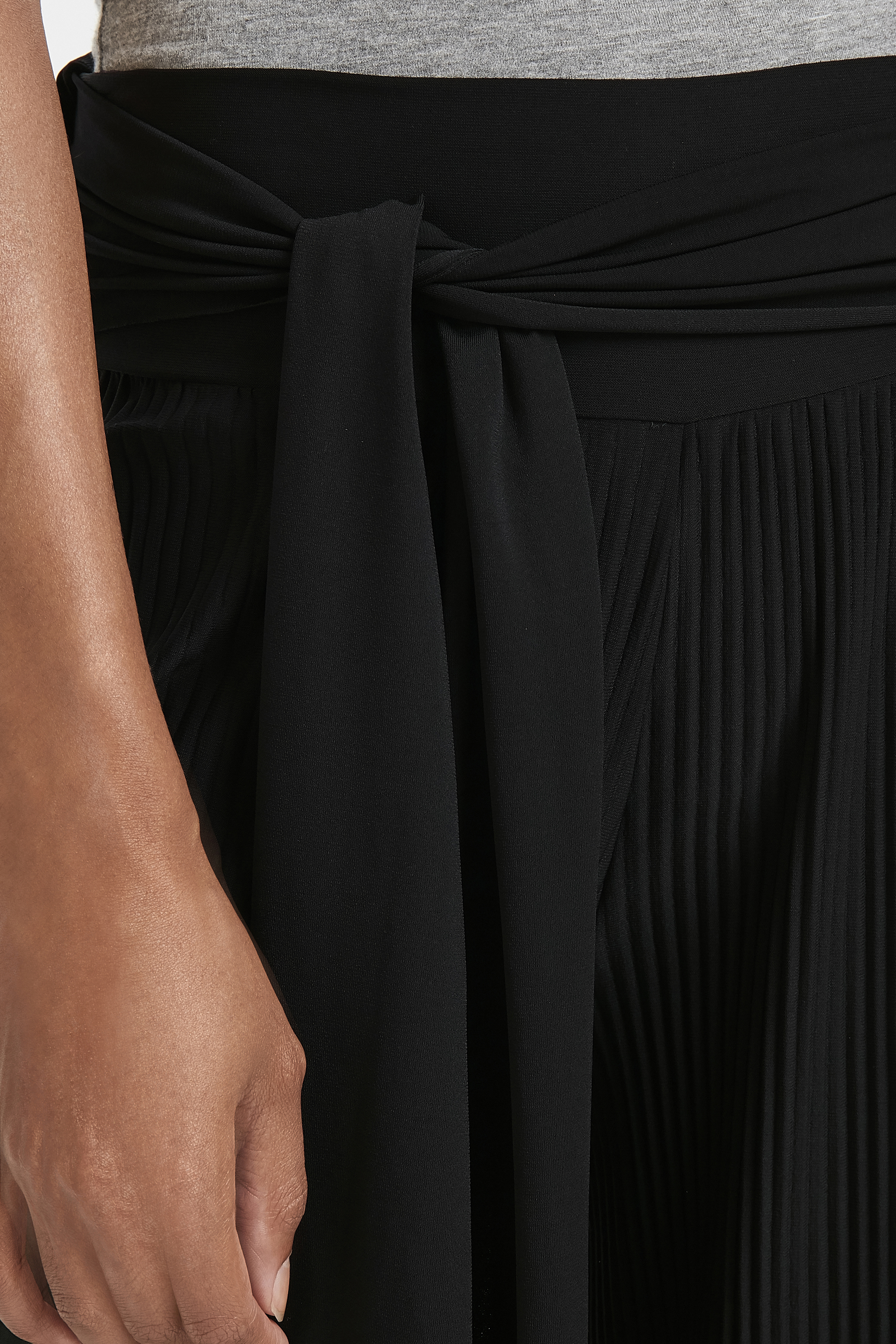 Svart Casual byxor från Fransa – Köp Svart Casual byxor från stl. XS-XXL här