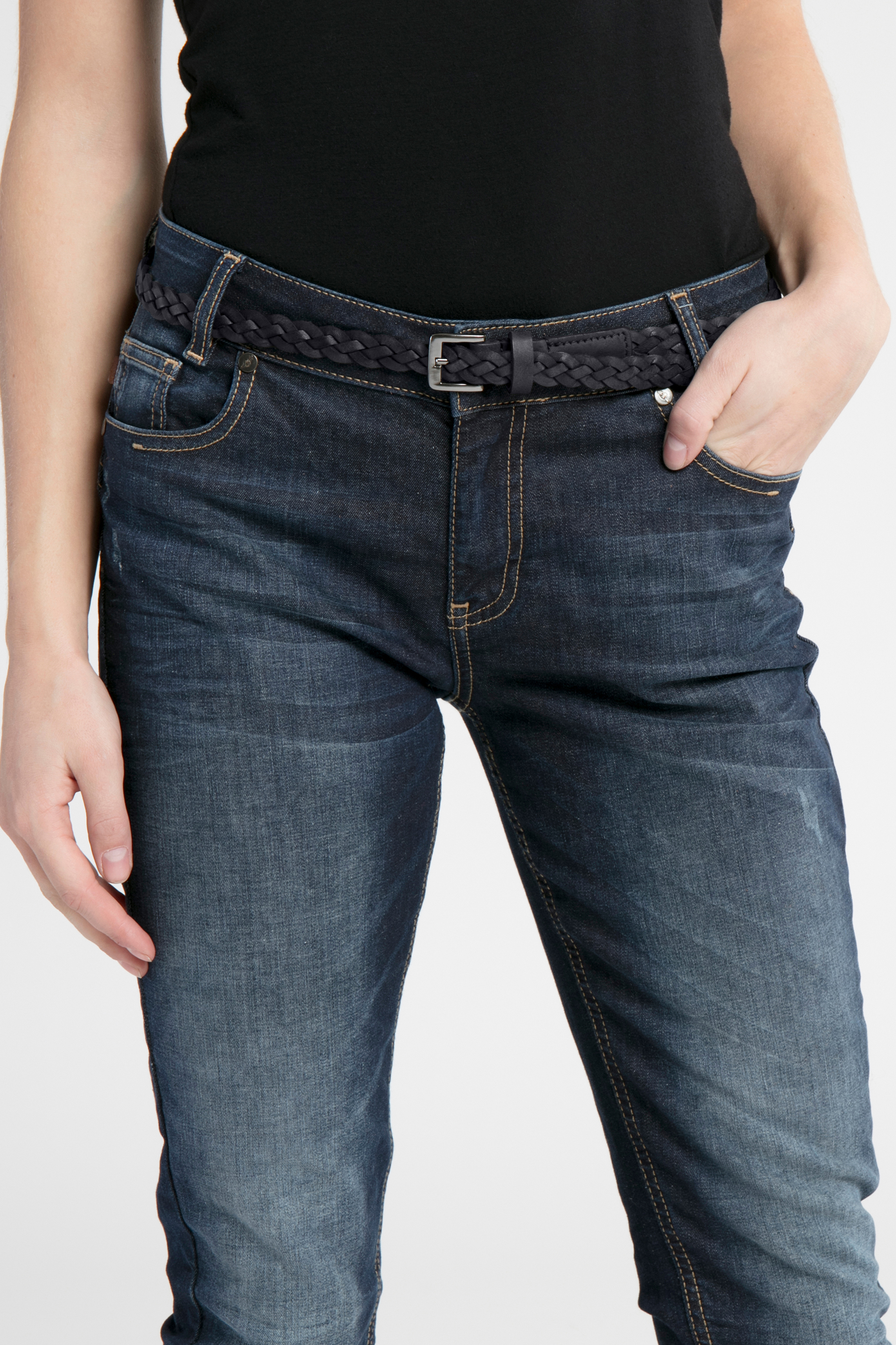 Svart Skinnbälte från Ichi - accessories – Köp Svart Skinnbälte från stl. 80-100 här