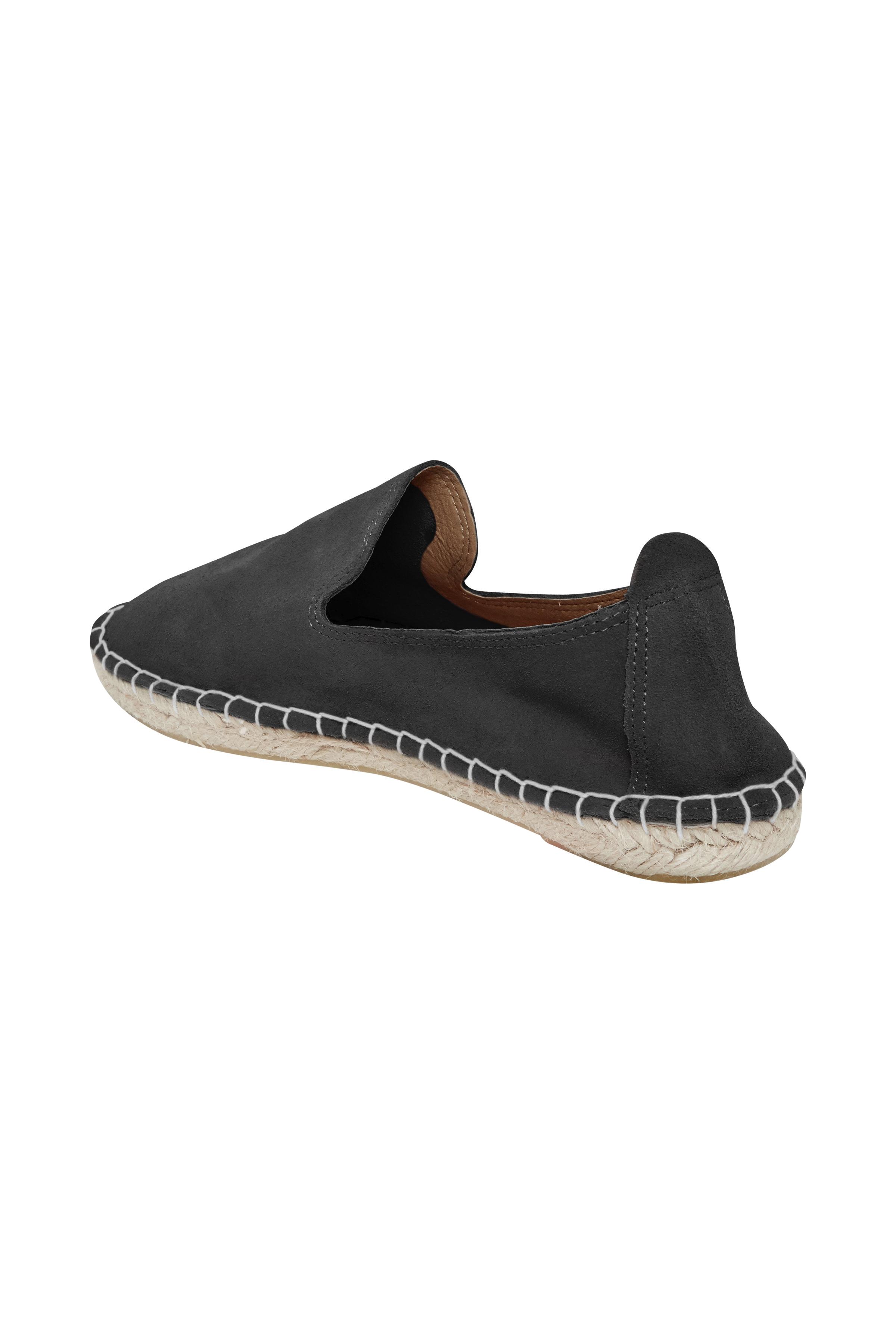 Svart Skinnskor från Ichi - accessories – Köp Svart Skinnskor från stl. 36-42 här