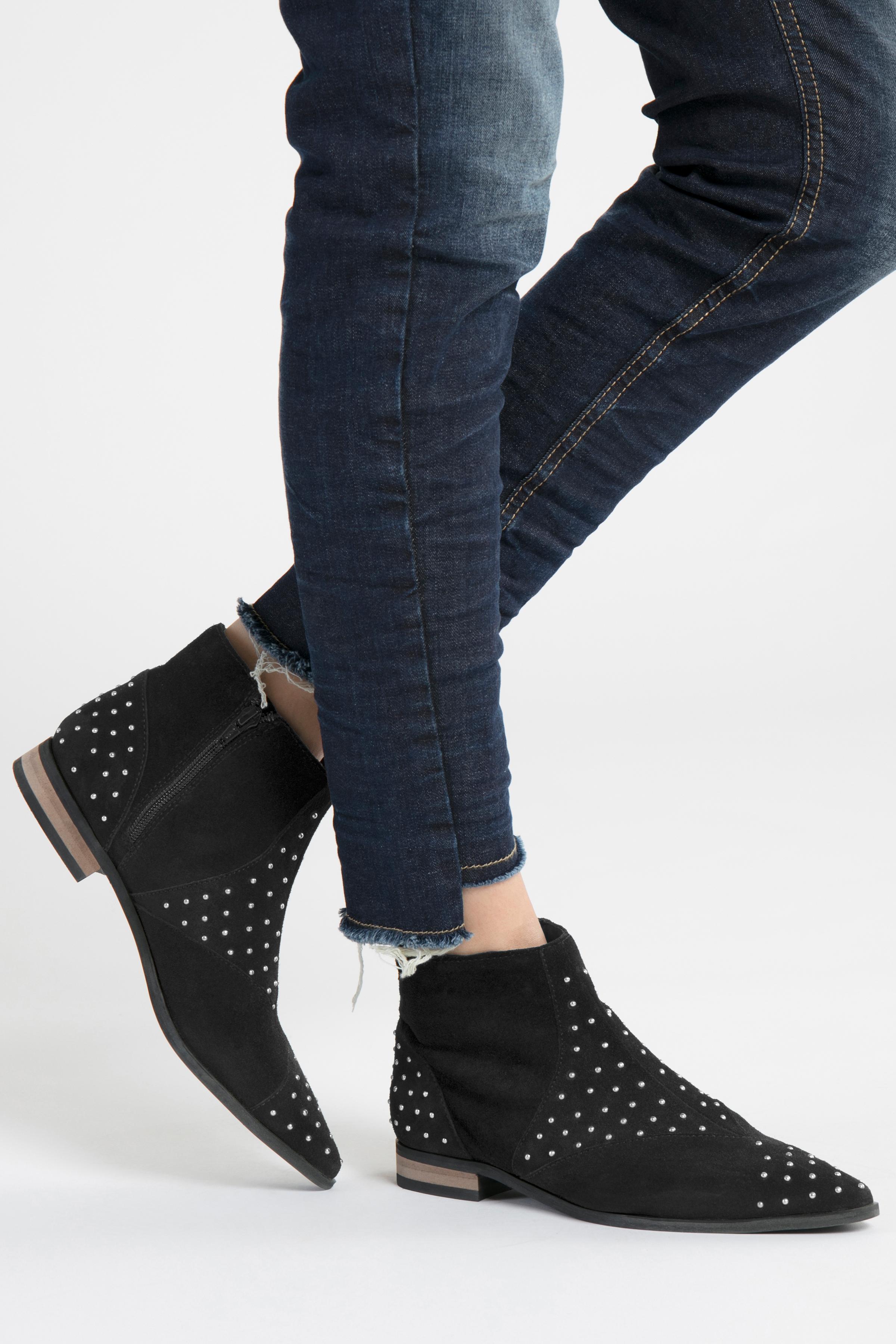 Svart Skor från Ichi - accessories – Köp Svart Skor från stl. 36-41 här