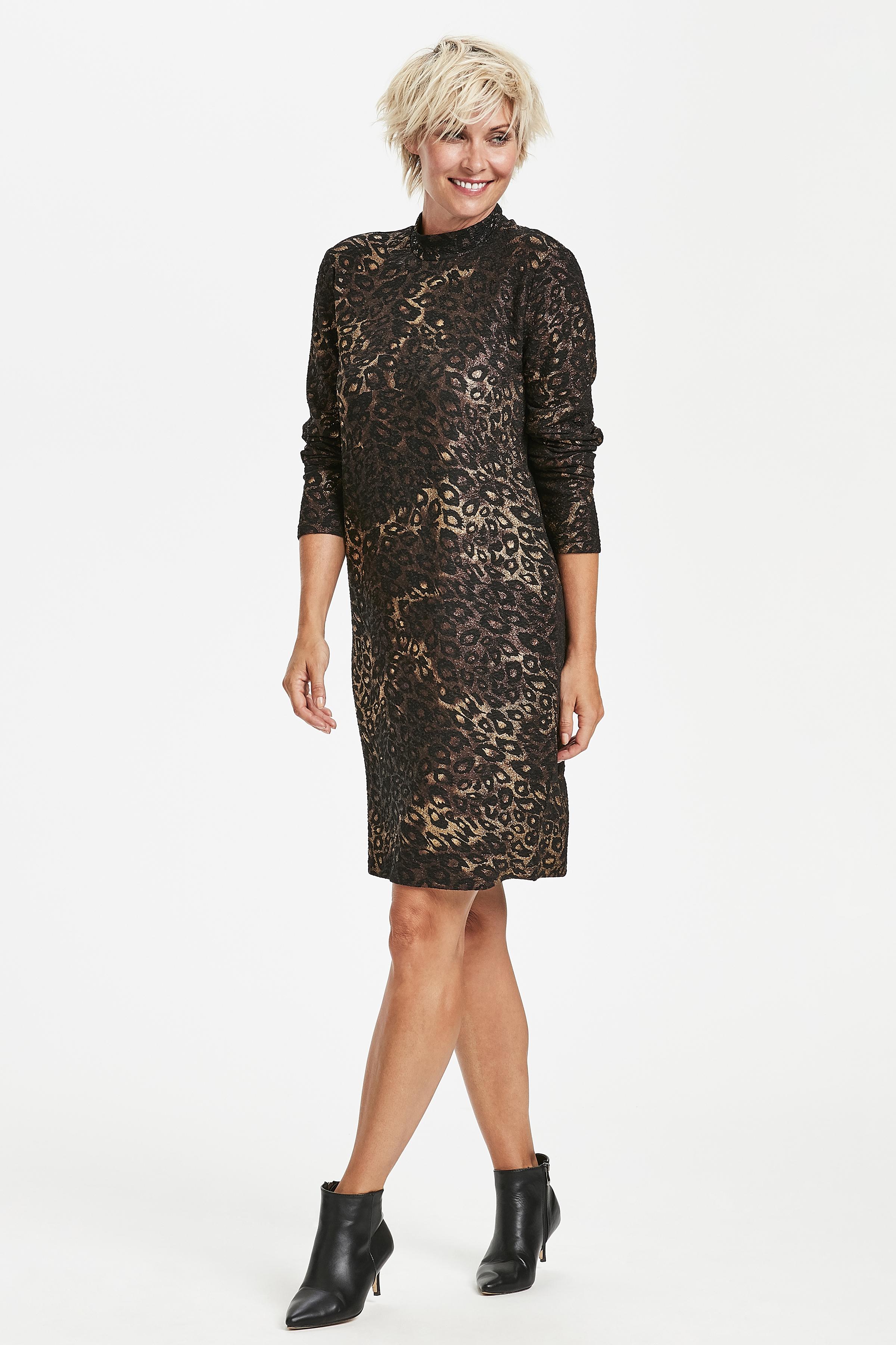 Svart Stickad klänning från Kaffe – Köp Svart Stickad klänning från stl. XS-XXL här