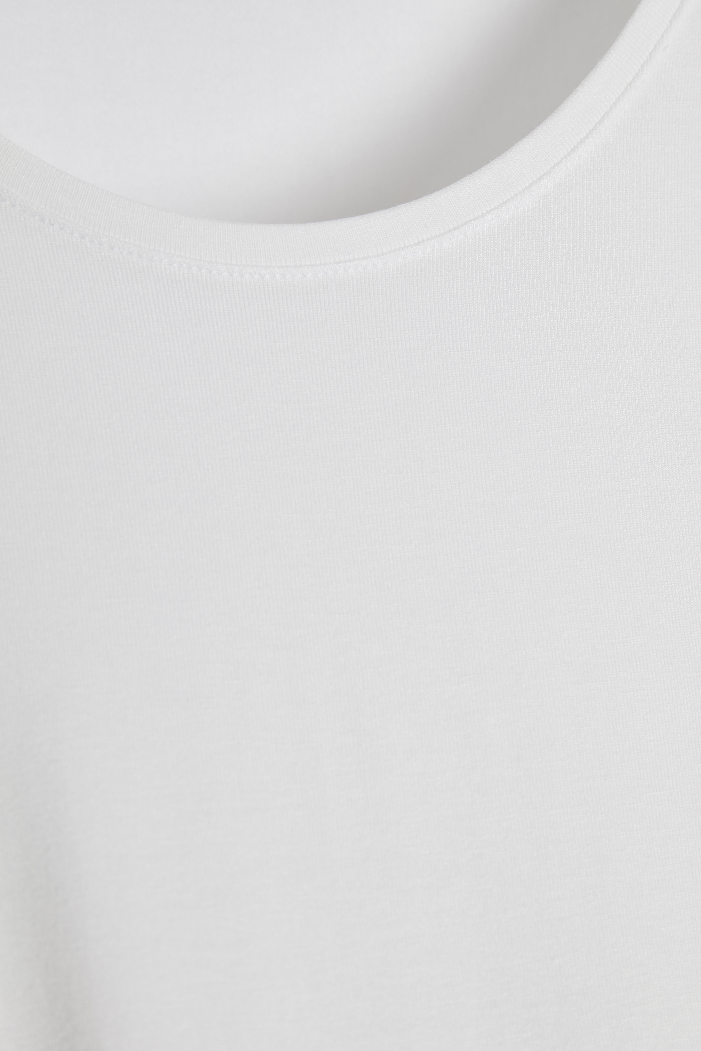 Wit T-shirt van Fransa – Door Wit T-shirt van maat. XS-XXL hier